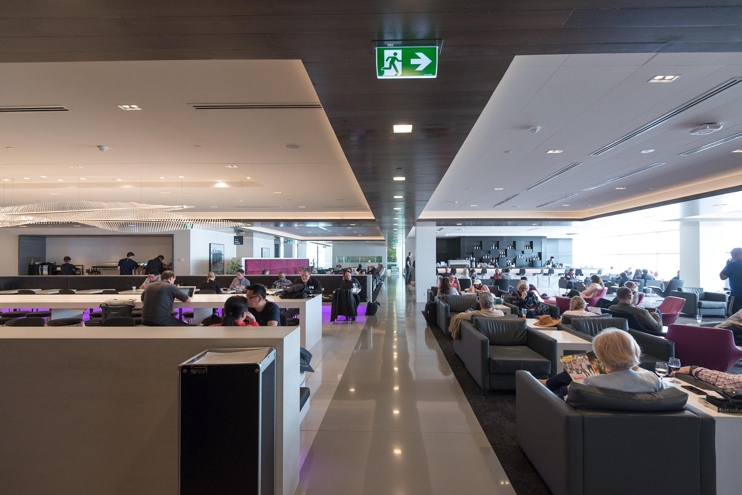 Main Area  Air New Zealand Auckland International Lounge (New Zealand)