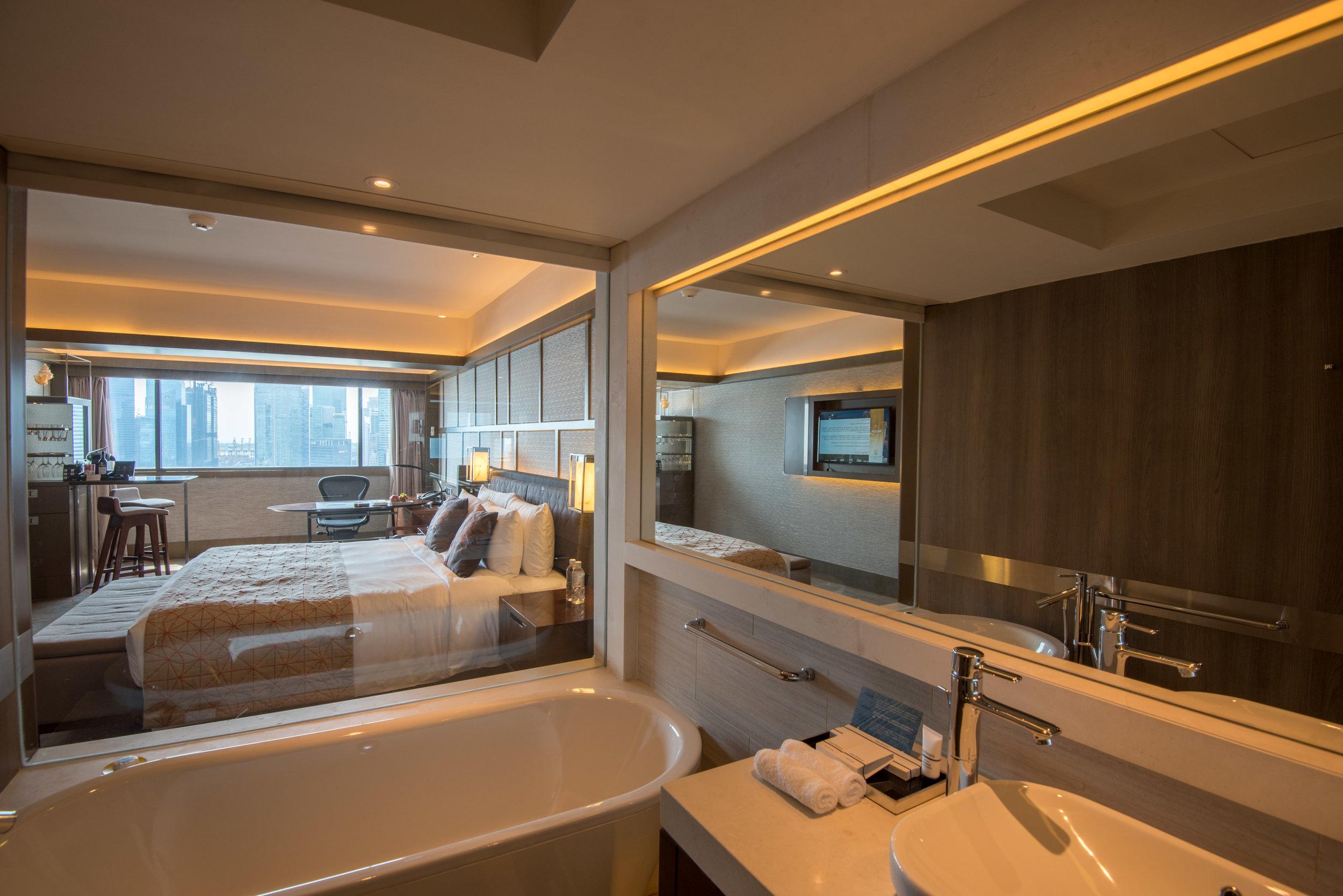 Bathroom  Harbour Studio - Pan Pacific Singapore