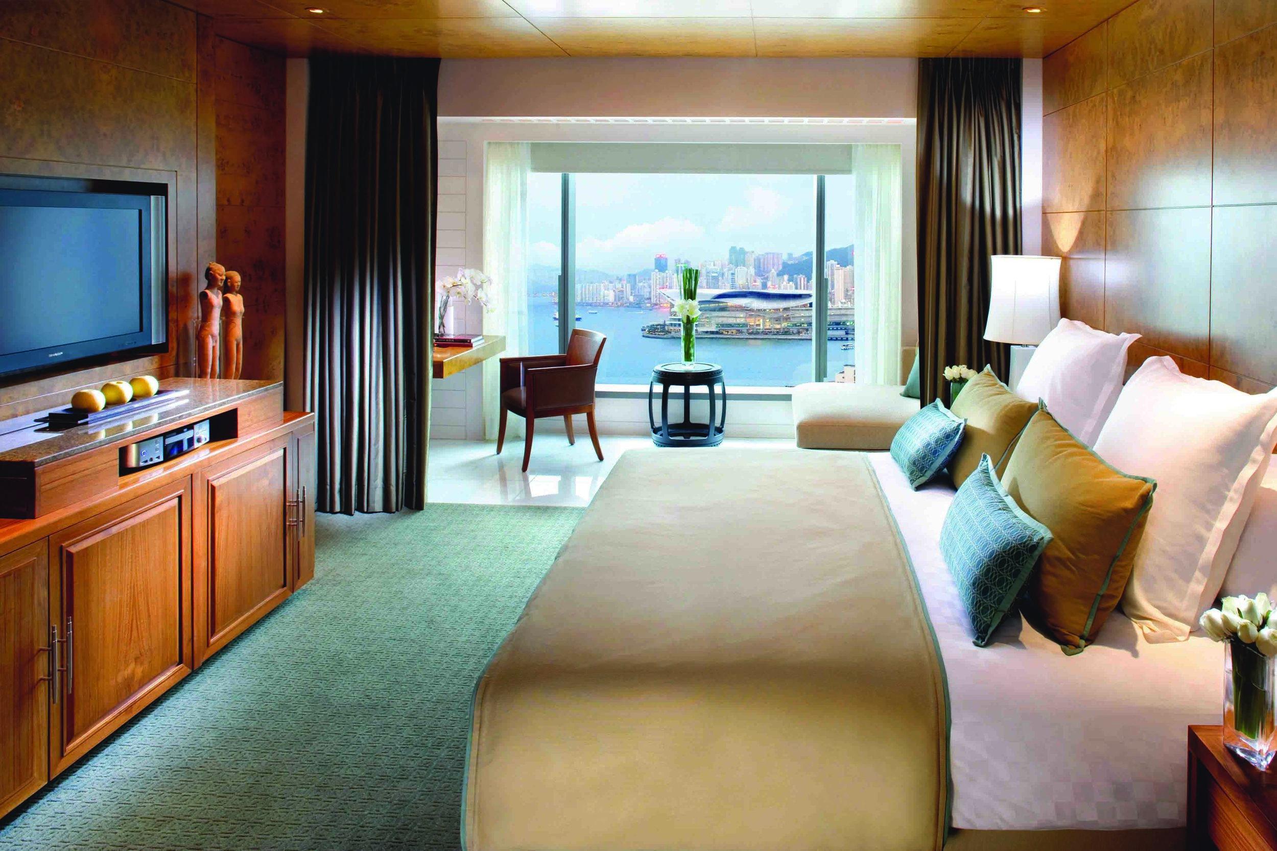 Harbour View Room | Photo Credit: Mandarin Oriental, Hong Kong