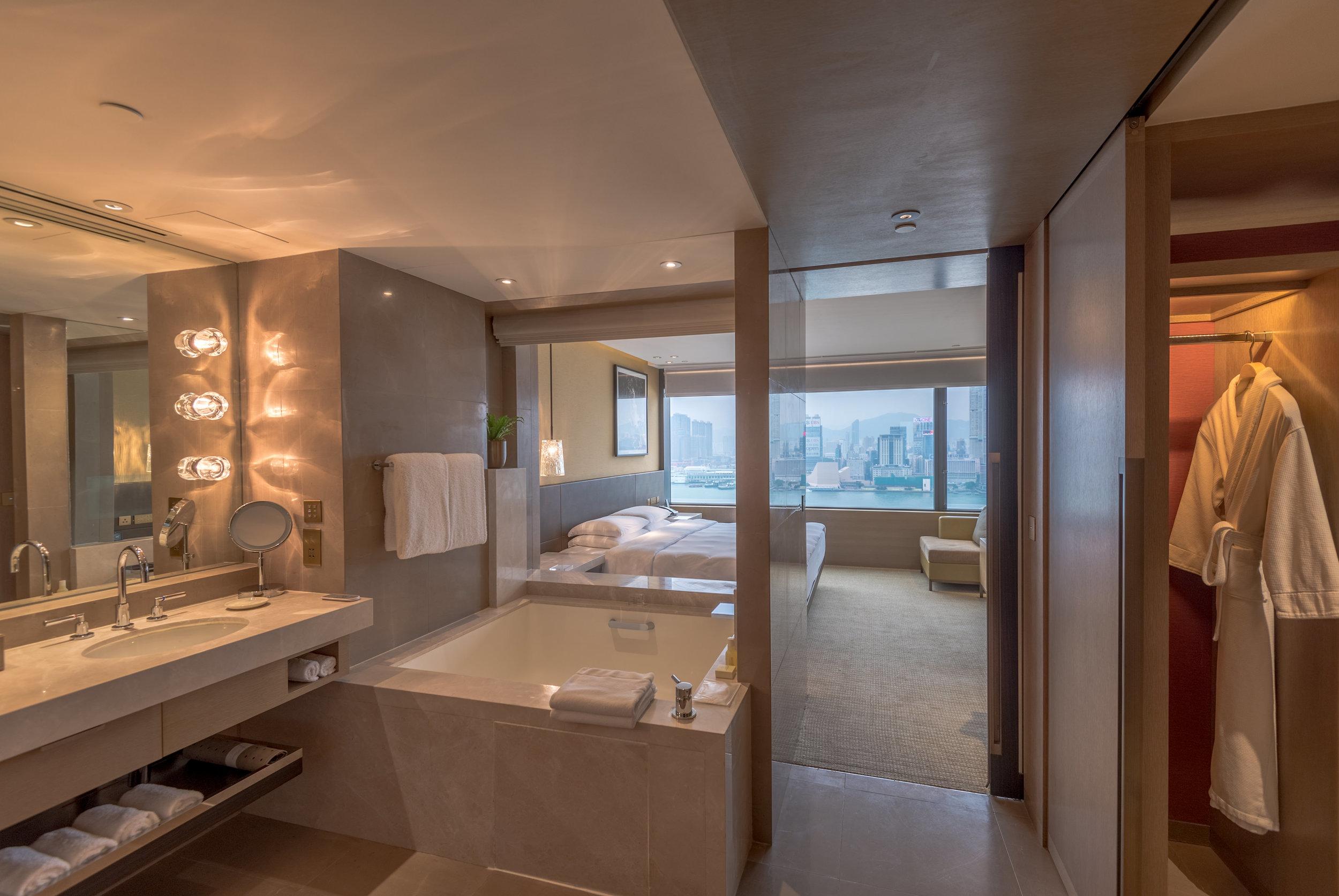 Bathroom  Victoria Harbour Suite - Grand Hyatt Hong Kong