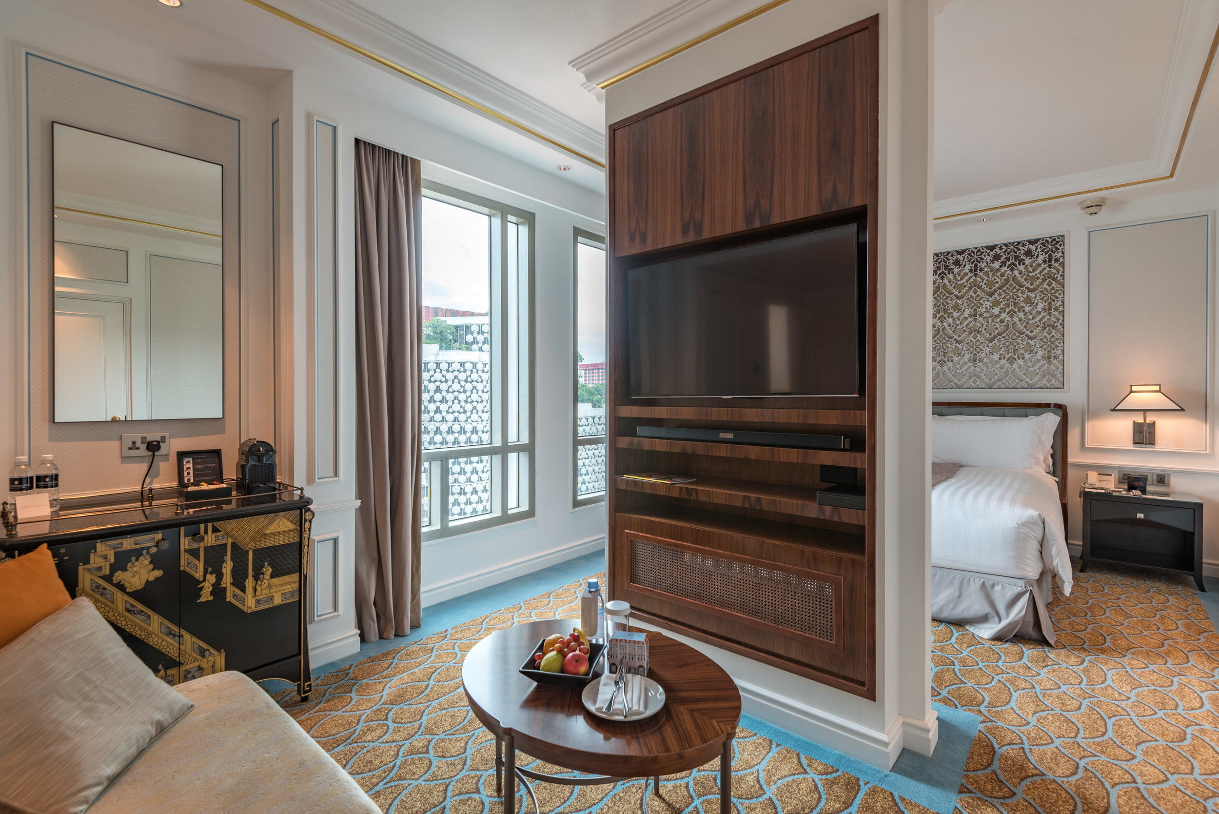 Living Area and Bedroom  Grand Deluxe Room - InterContinental Singapore