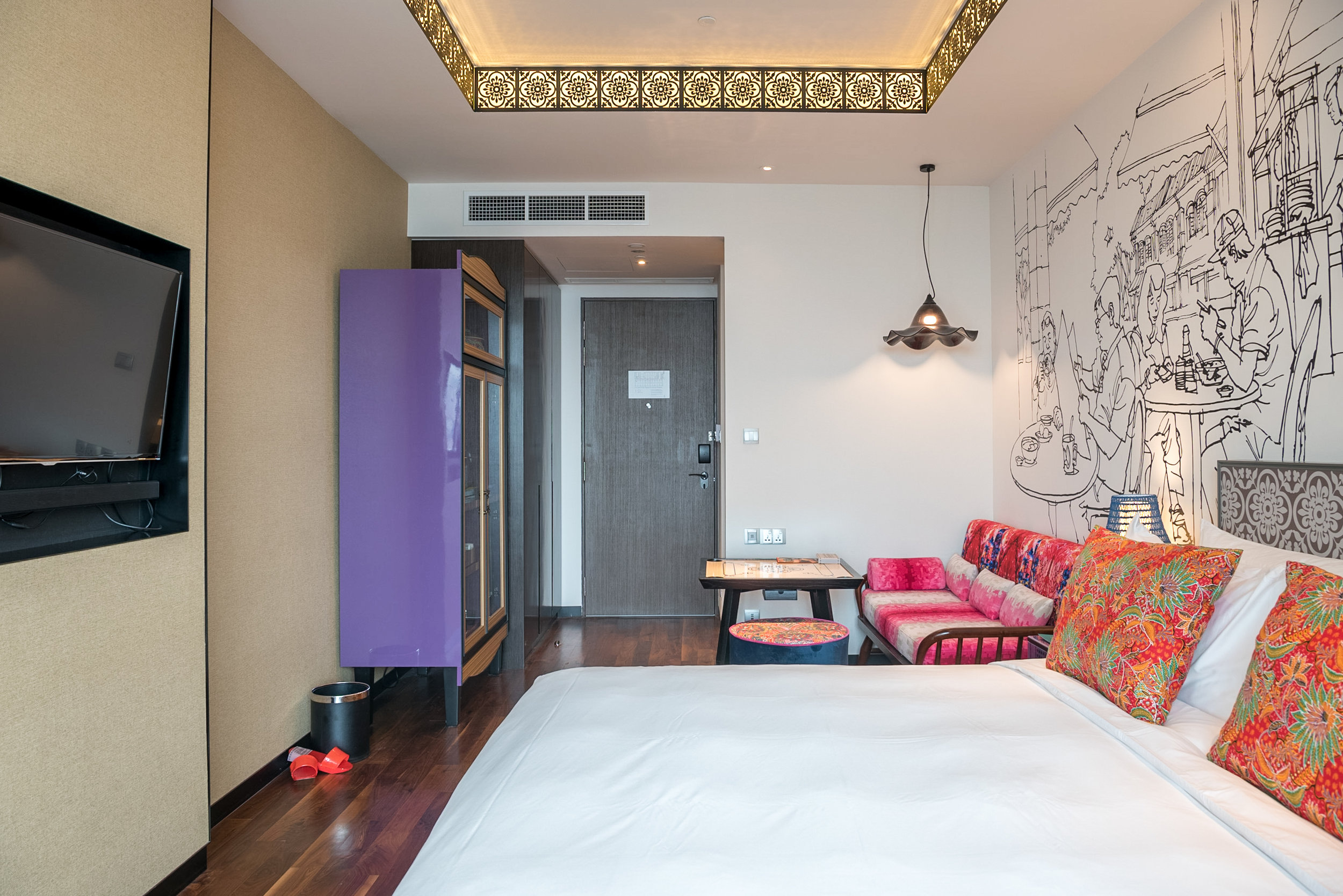 Bedroom  Premier View Room with Bathtub - Hotel Indigo Singapore Katong