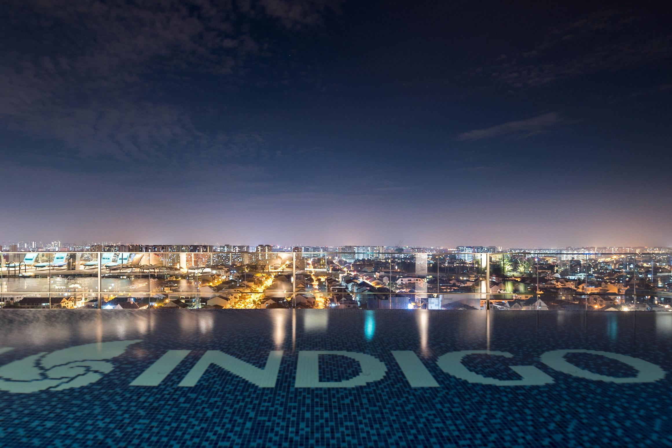Infinity Swimming Pool (Night Time)  Premier View Room with Bathtub - Hotel Indigo Singapore Katong