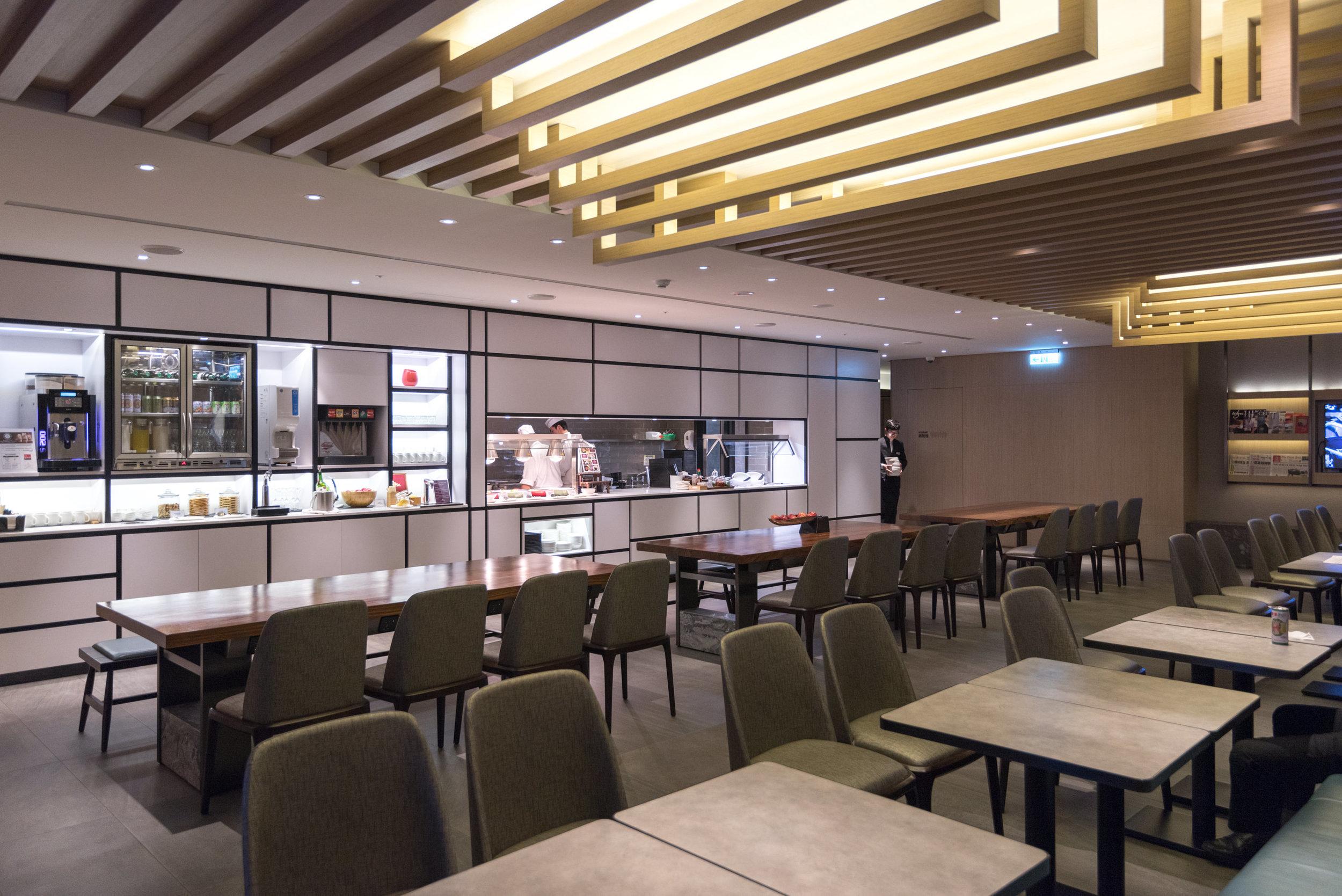 Main Dining Area  Plaza Premium Lounge (Terminal 1 Zone D) - Taipei Taoyuan International Airport