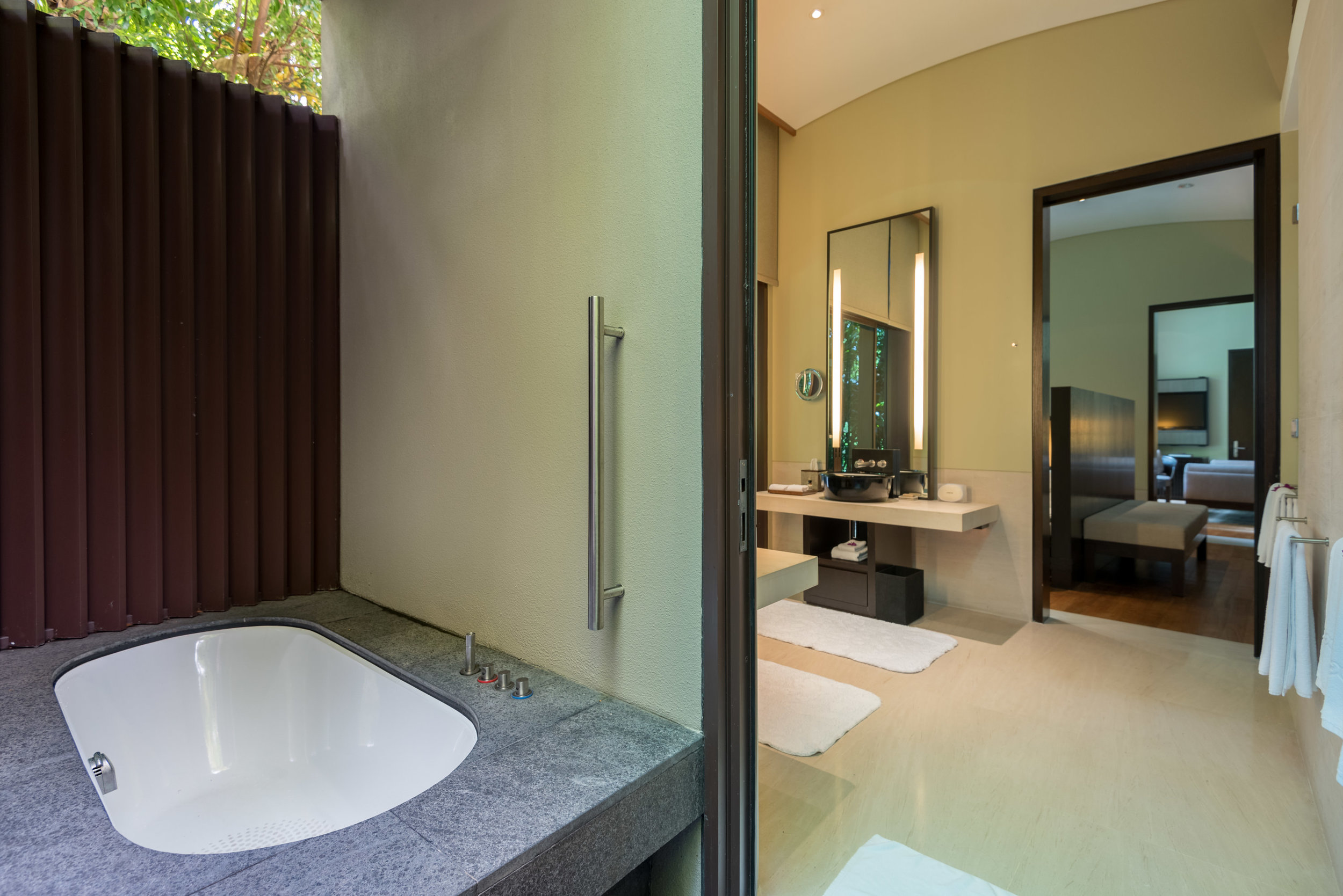 Outdoor Bathtub and Shower - Master Bedroom  Two-Bedroom Garden Villa - Capella Singapore