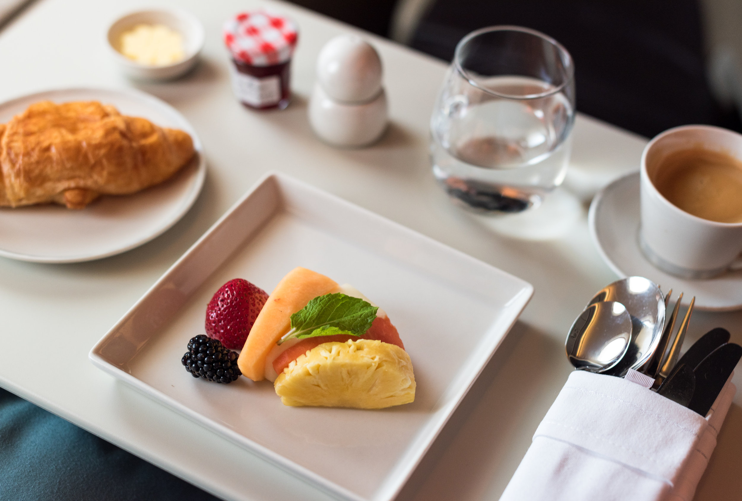 Croissant and Fresh Fruits - Brunch Service  Singapore Airlines SQ802 Business - SIN to PEK