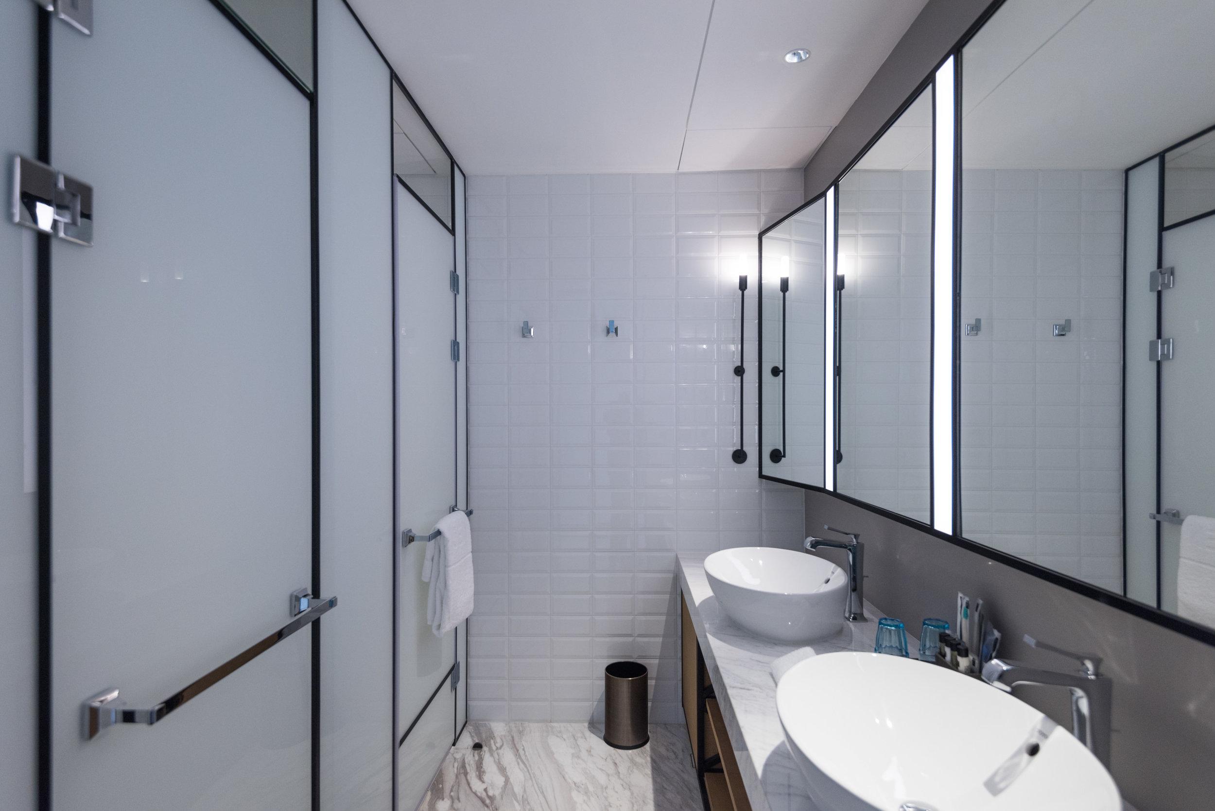Bathroom  Jen Skyline - Hotel Jen Beijing