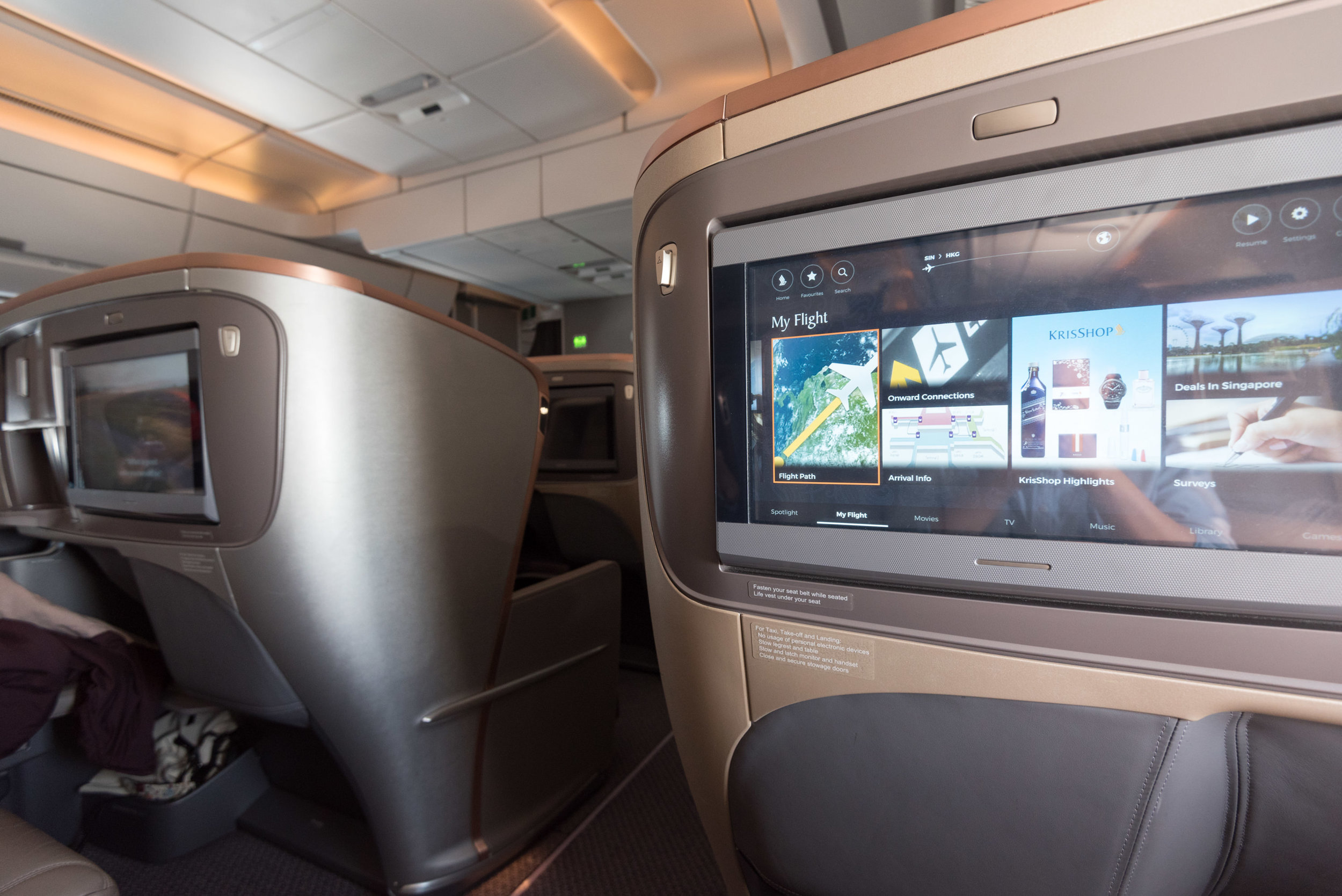 New Business Class on A350-900  Singapore Airlines SQ856 Business - SIN to HKG