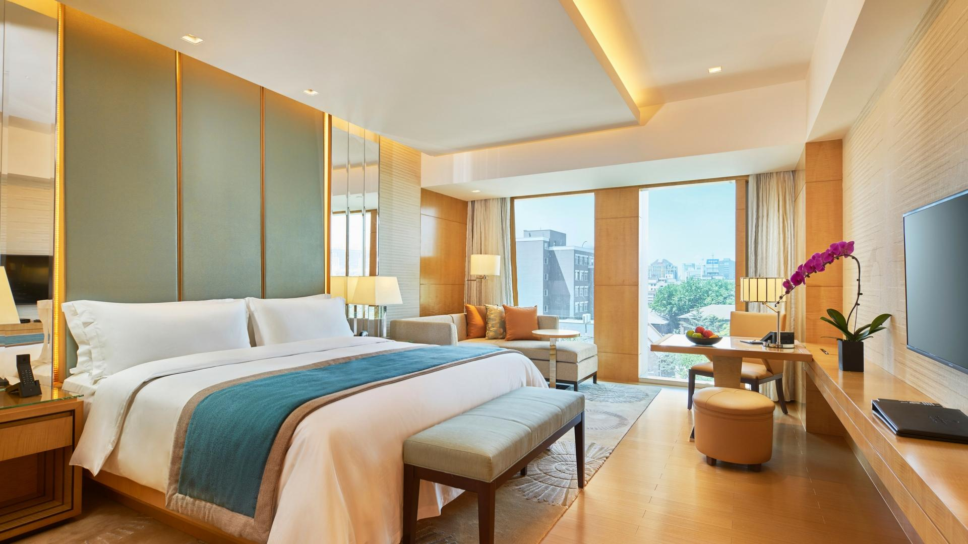 Room   Photo Credit: Pan Pacific Beijing