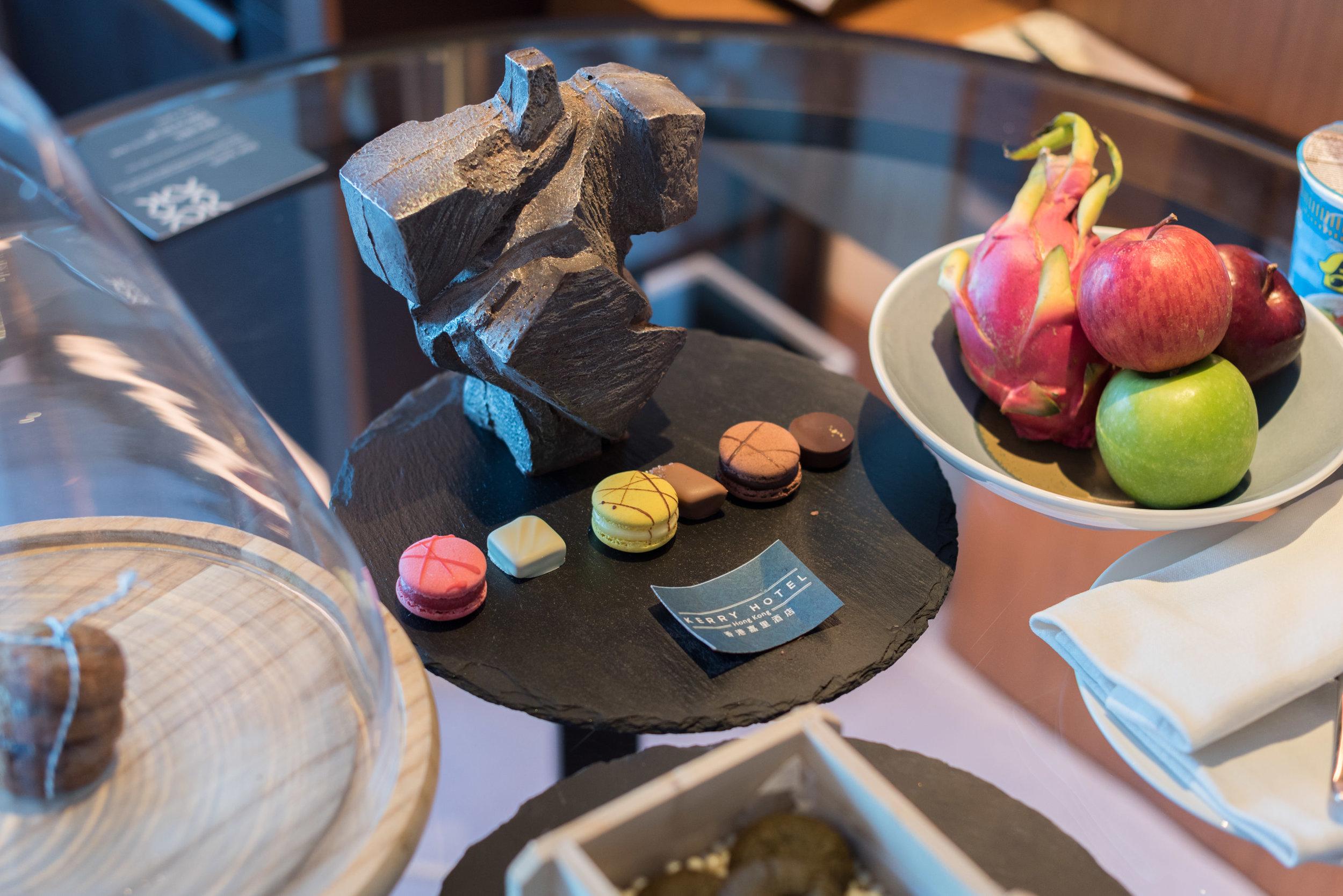 Welcome Amenities  Club Premier Sea View Room - Kerry Hotel, Hong Kong
