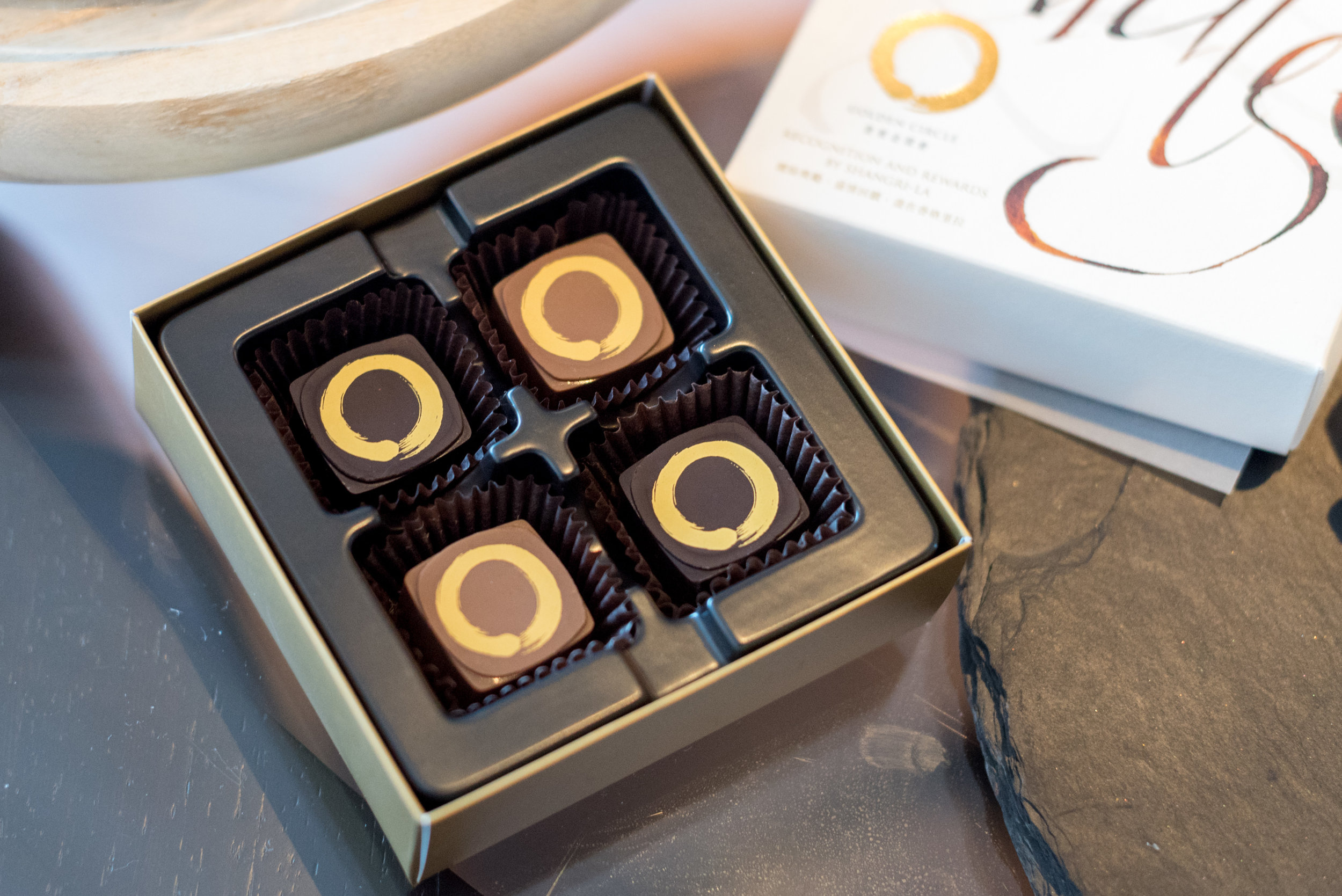 Golden Circle Chocolate Pralines  Club Premier Sea View Room - Kerry Hotel, Hong Kong