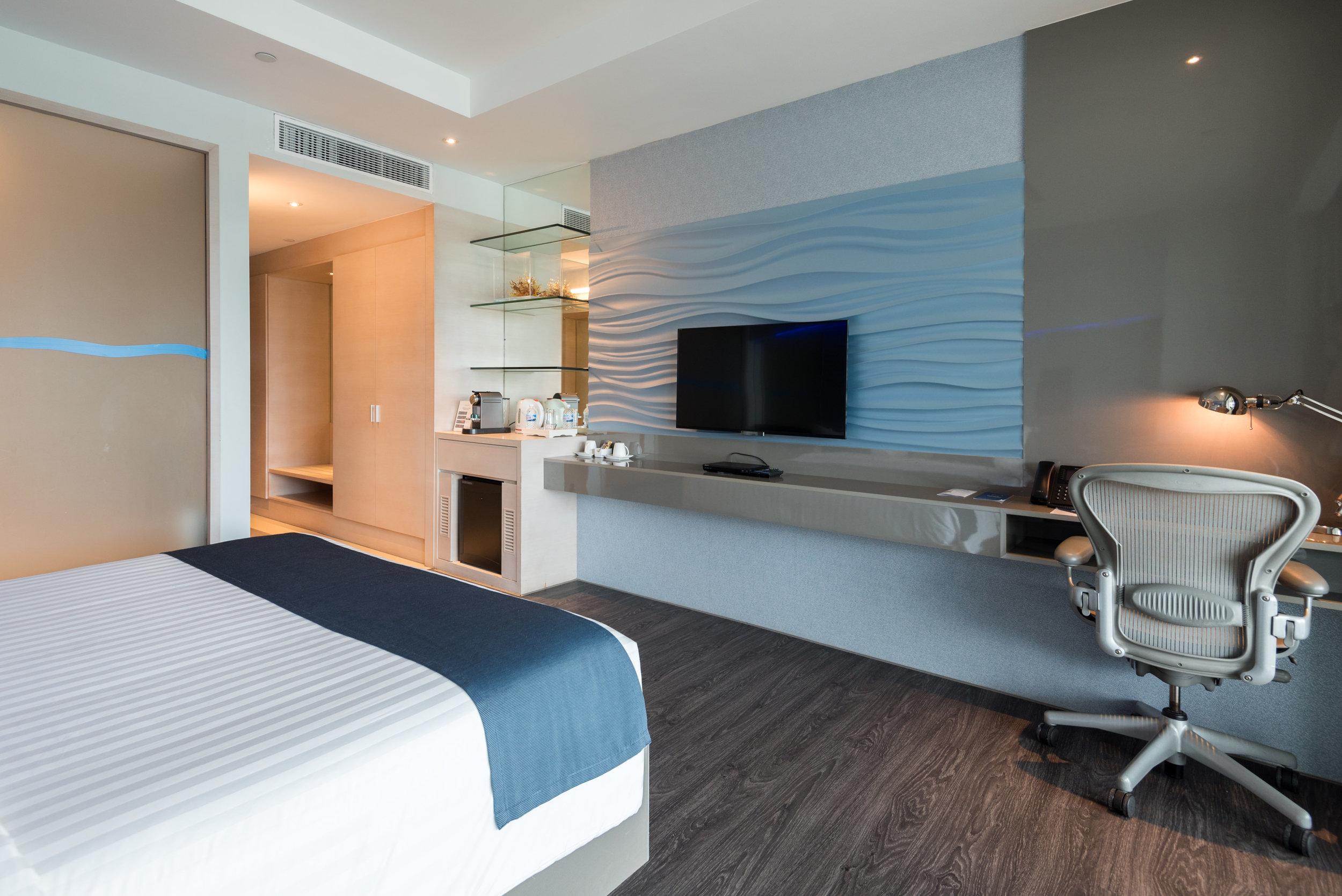 Bedroom  Marina View Room - ONE°15 Marina Club