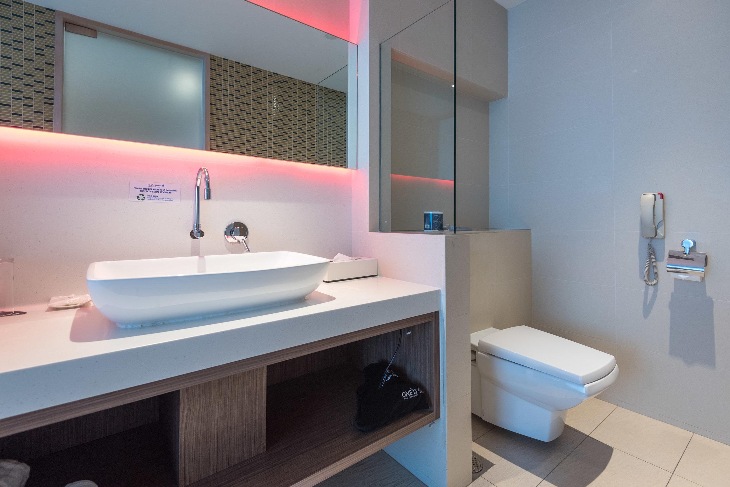Bathroom  Marina View Room - ONE°15 Marina Club
