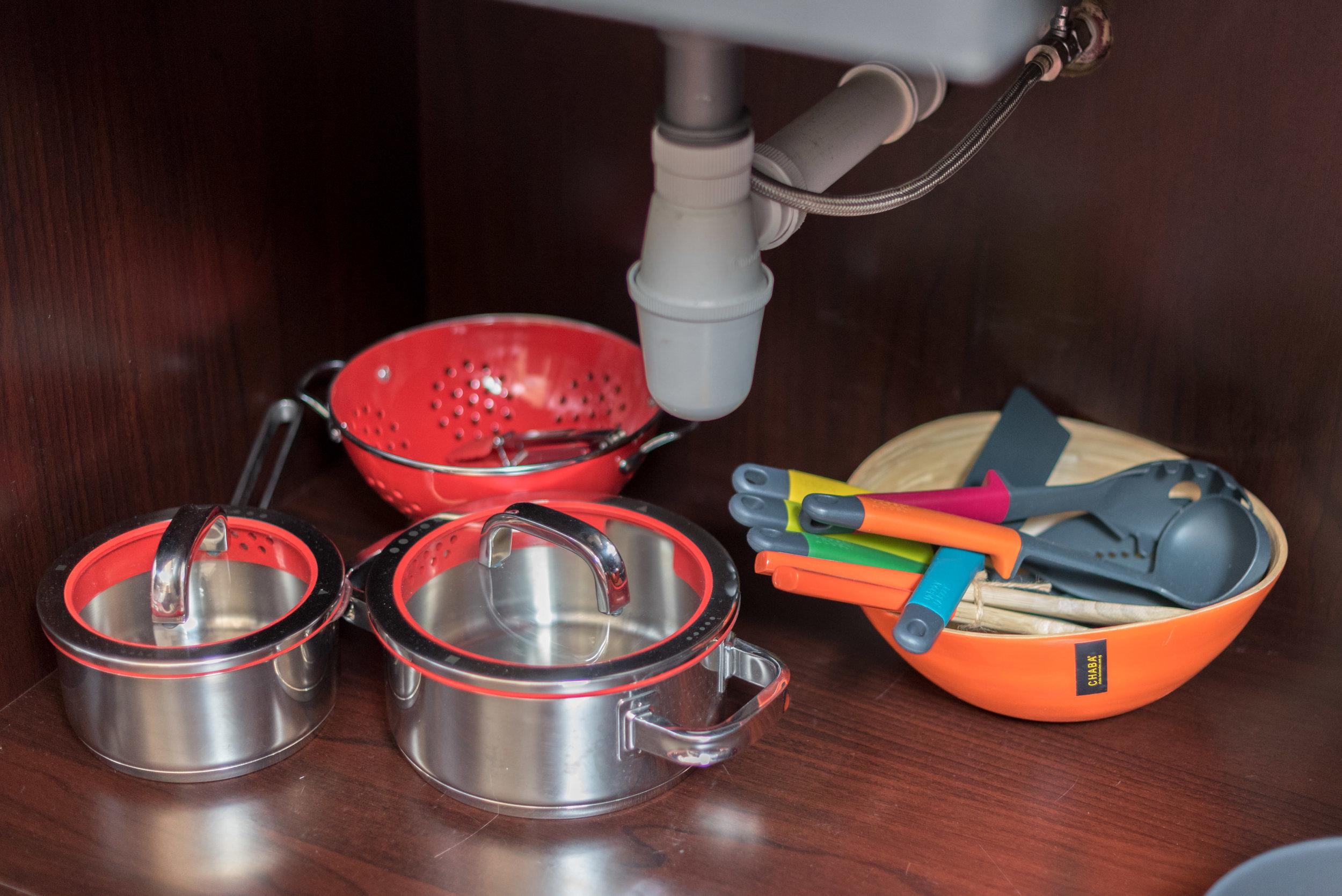 Kitchenette with Pots and Pans  Art Executive Club Suite - The Vagabond Club, A Tribute Portfolio Hotel, Singapore