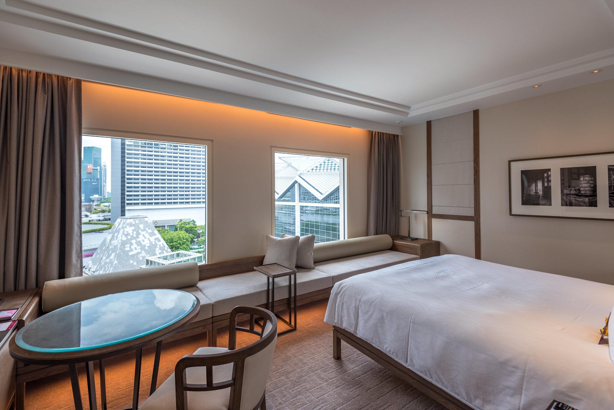 Bedroom  Deluxe Room (Refurbished) - Conrad Centennial Singapore