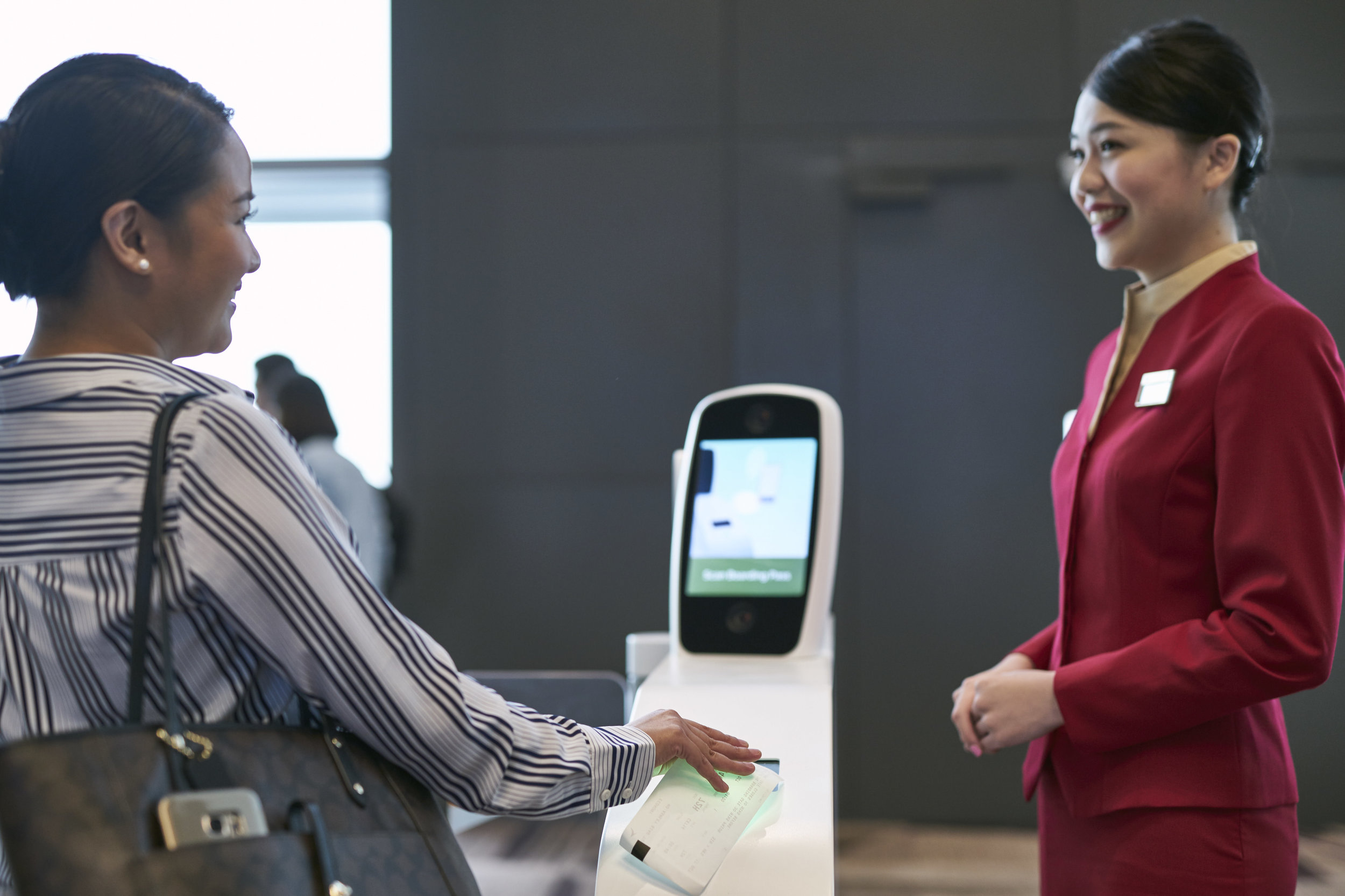 Self Check-in Service | Photo Credit: Cathay Pacific