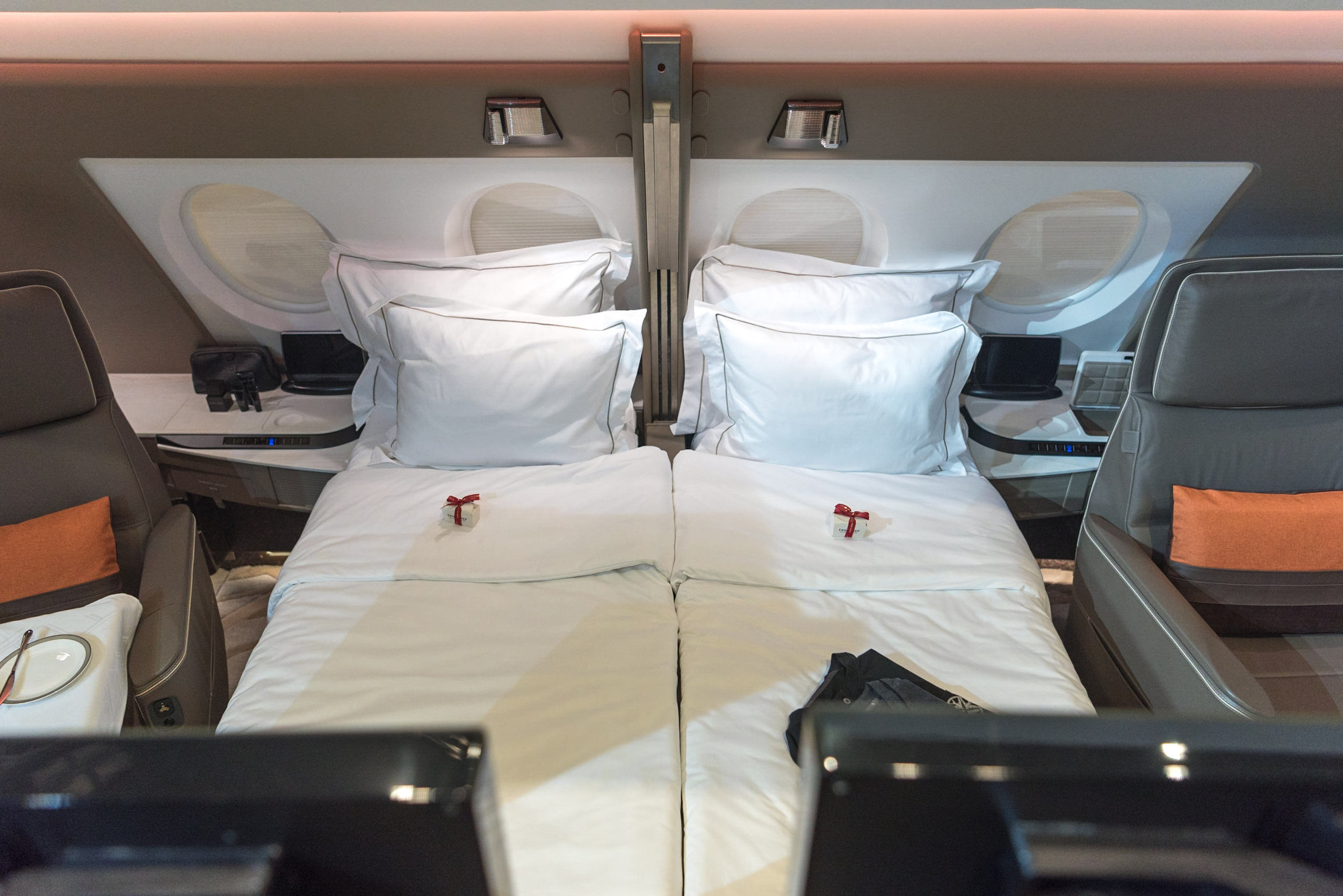 Double Bed in the Sky  New Suites (2017) Product on Singapore Airlines' A380