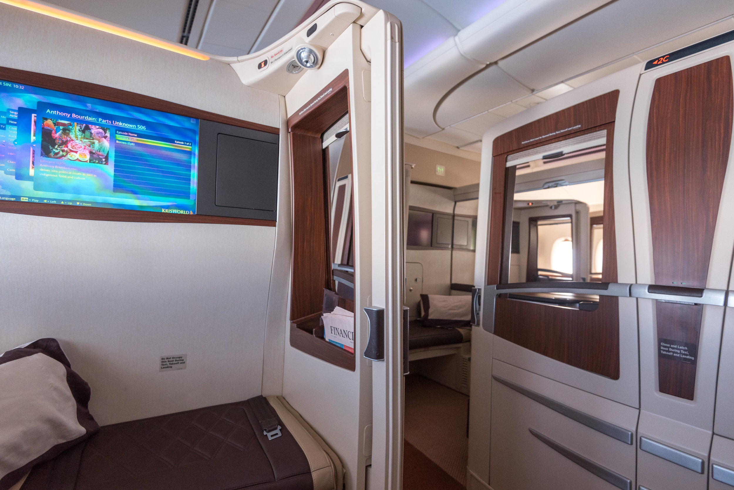 View from Suite 3A  Singapore Airlines Suites SQ802 A380-800 - SIN to PEK