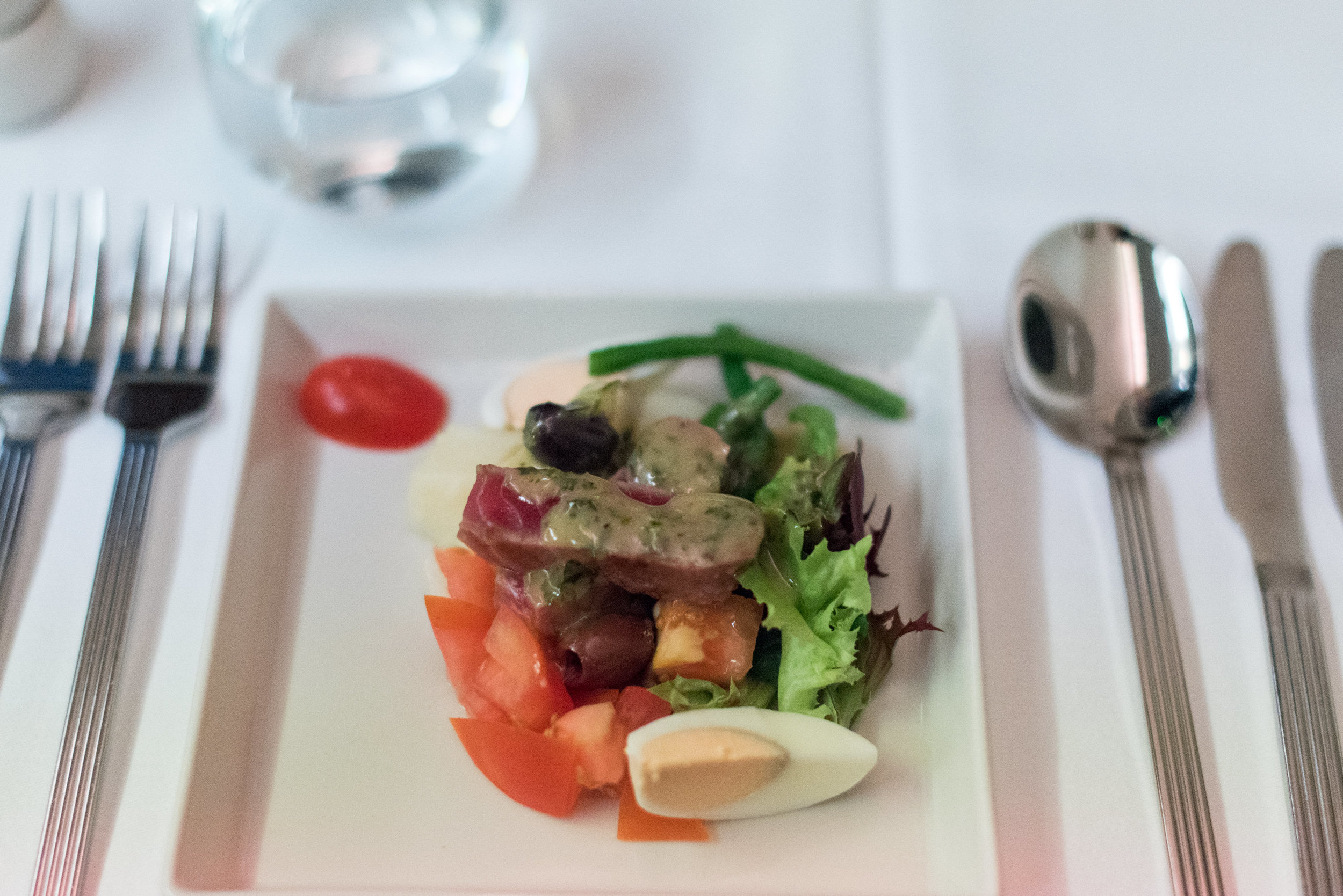 Seared Tuna on Nicoise Salad - Dinner Service  Singapore Airlines Business Class SQ285 A380-800 - SIN to AKL