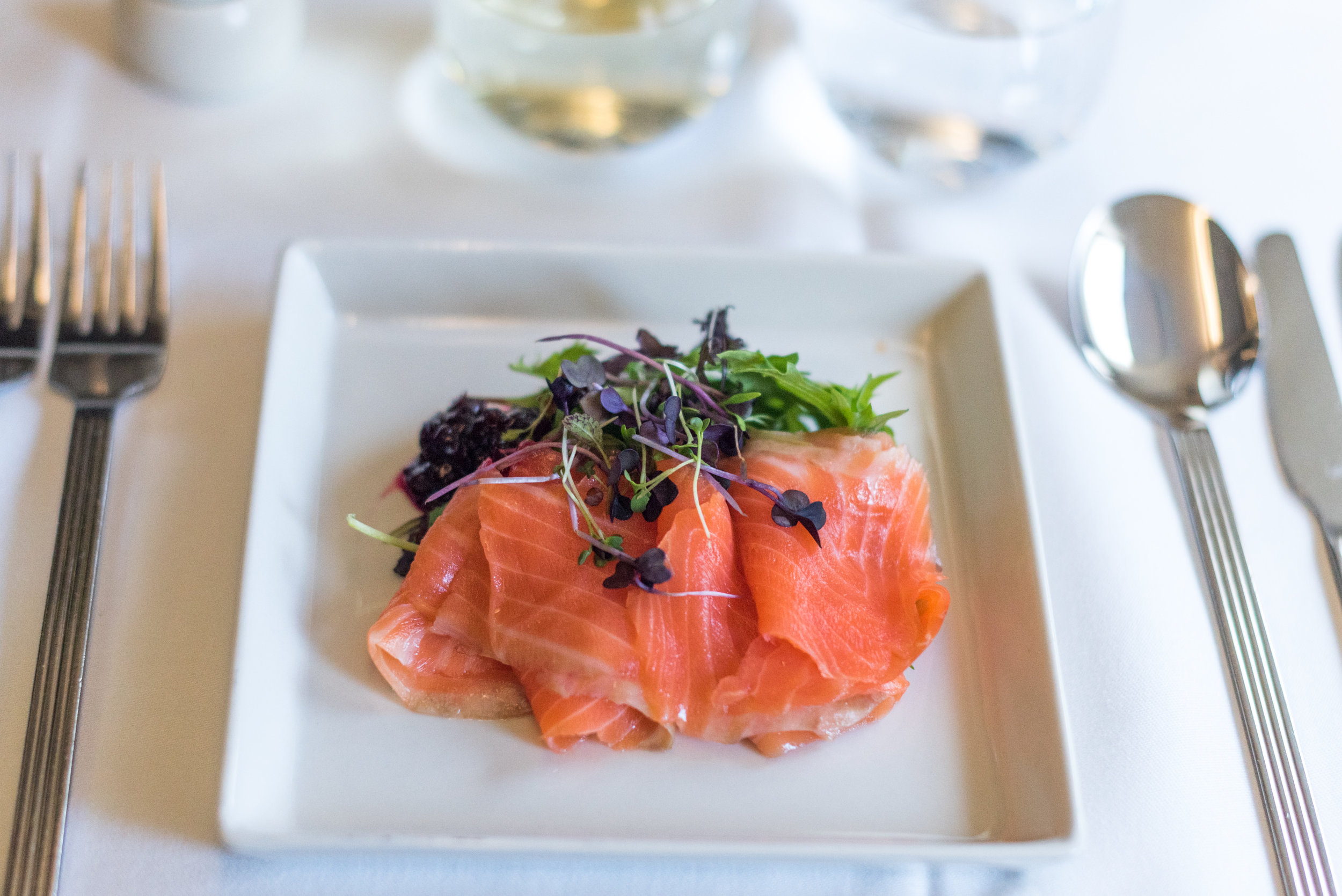 Peppered Gravadlax with Beetroot Relish and Mesclun - Light Dinner Service  Singapore Airlines Business Class SQ286 A380-800 - AKL to SIN