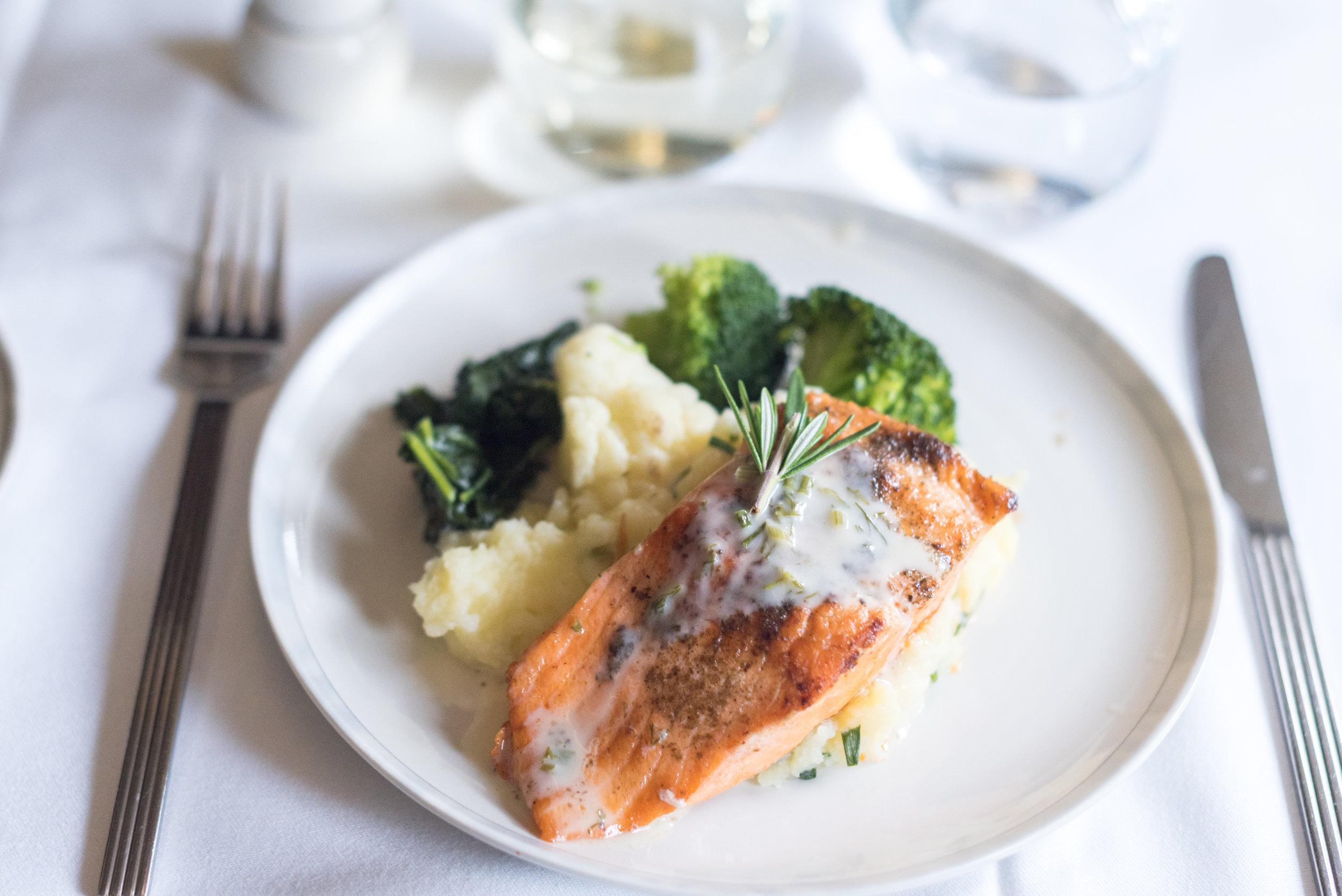 Grilled New Zealand King Salmon- Light Dinner Service  Singapore Airlines Business Class SQ286 A380-800 - AKL to SIN