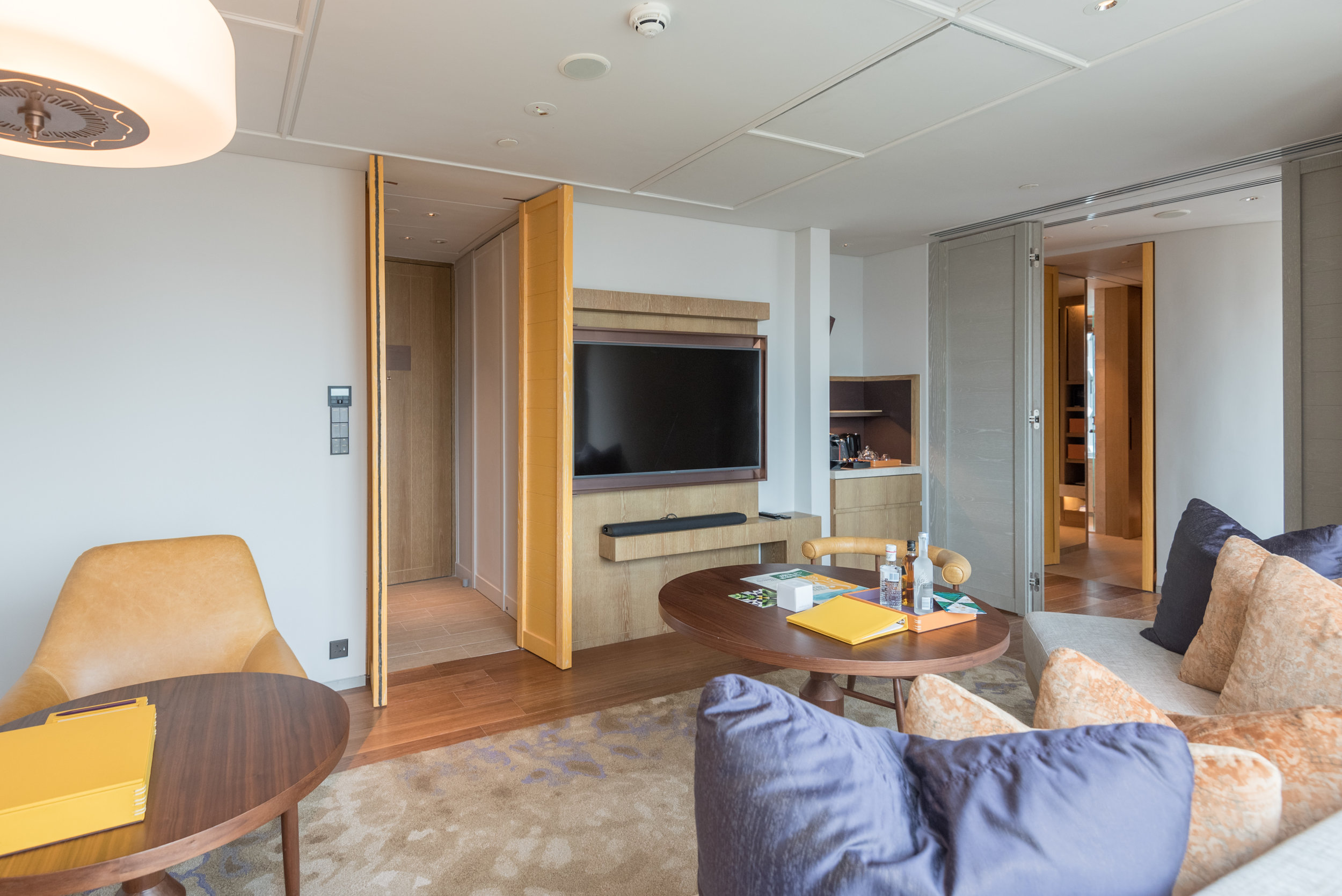 Living Room  Andaz Suite King - Andaz Singapore