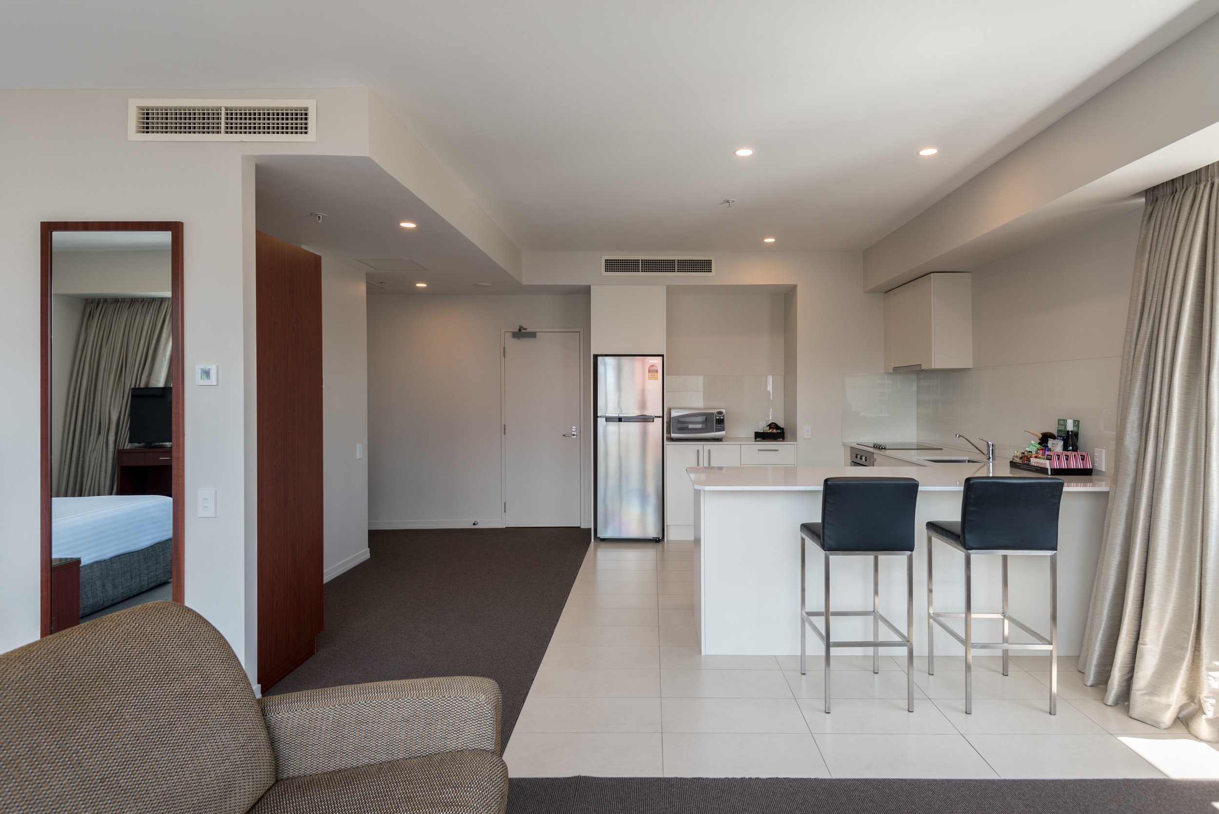 Full Kitchen  King Residence Suite - Rydges Auckland