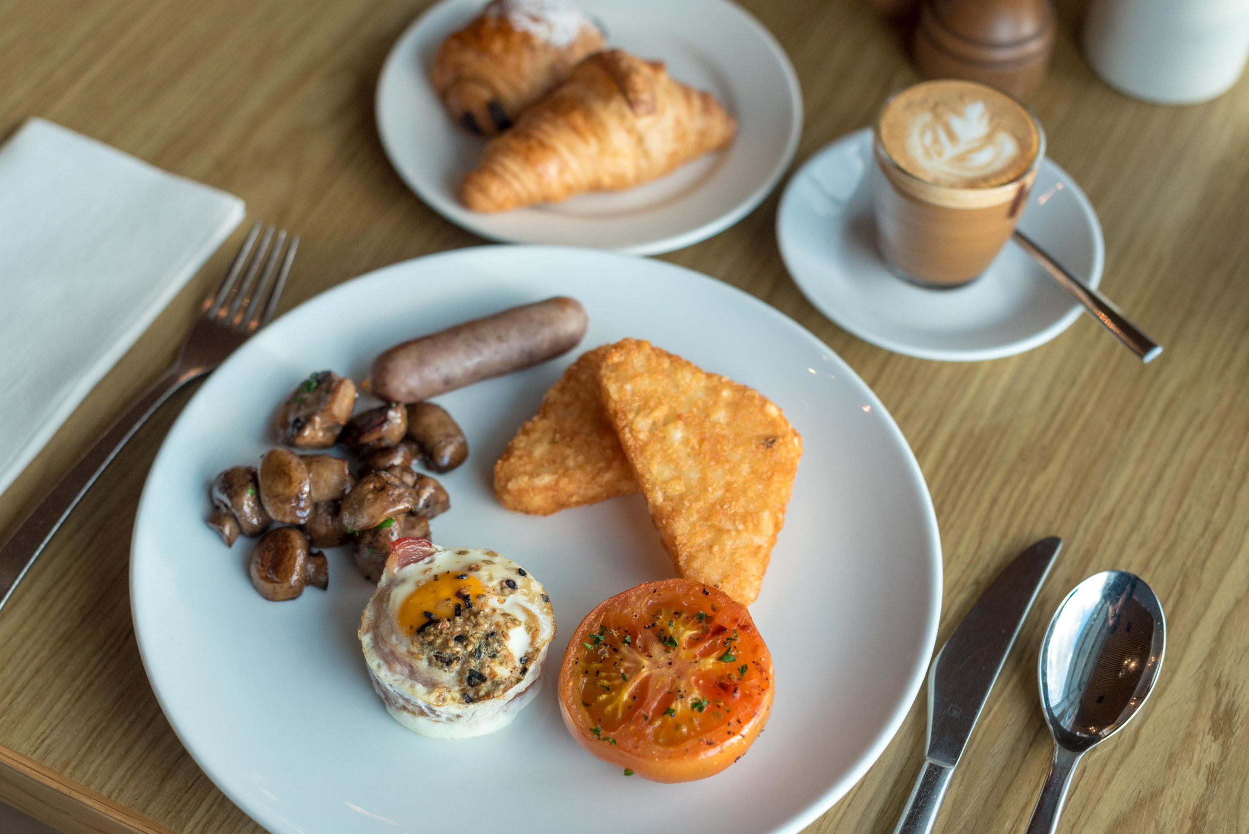 Buffet Breakfast  FISH Restaurant -Hilton Auckland