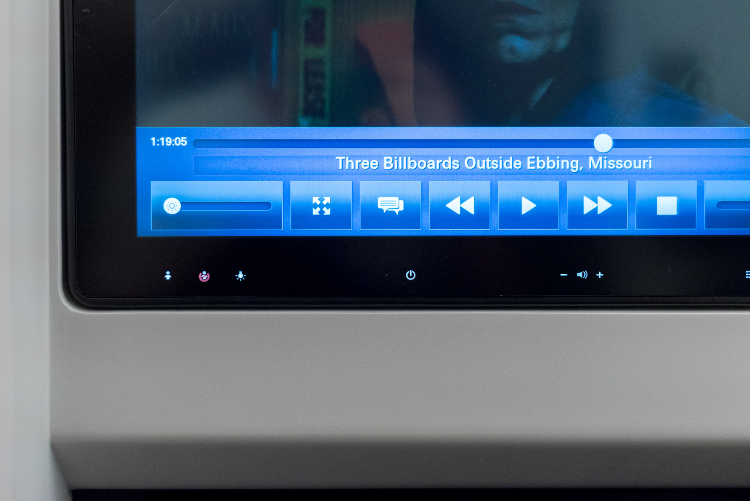 Touchscreen IFE System  Japan Airlines Business Class JL36 777-200ER - SIN to HND