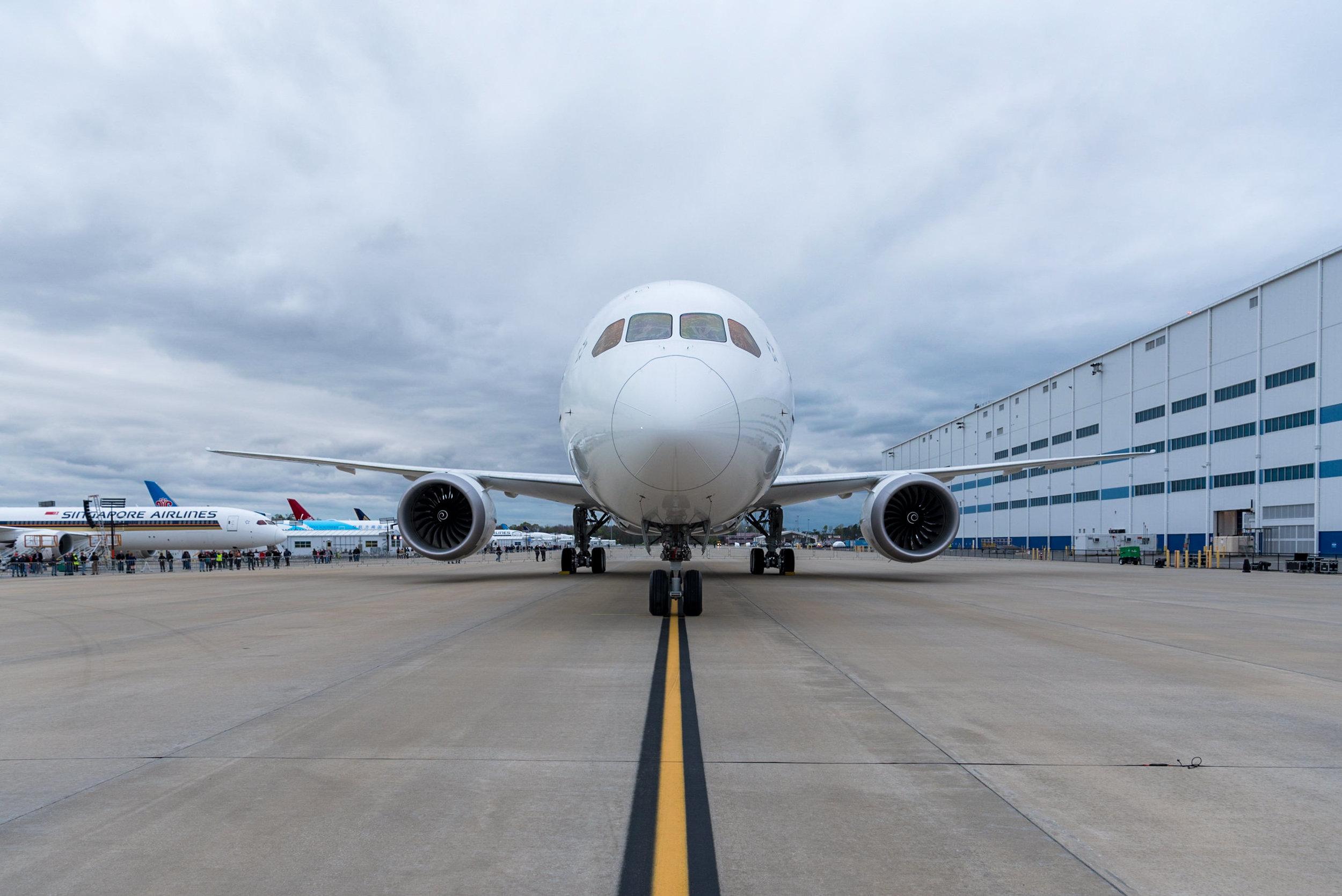 Boeing 787-10 Dreamliner  Singapore Airlines