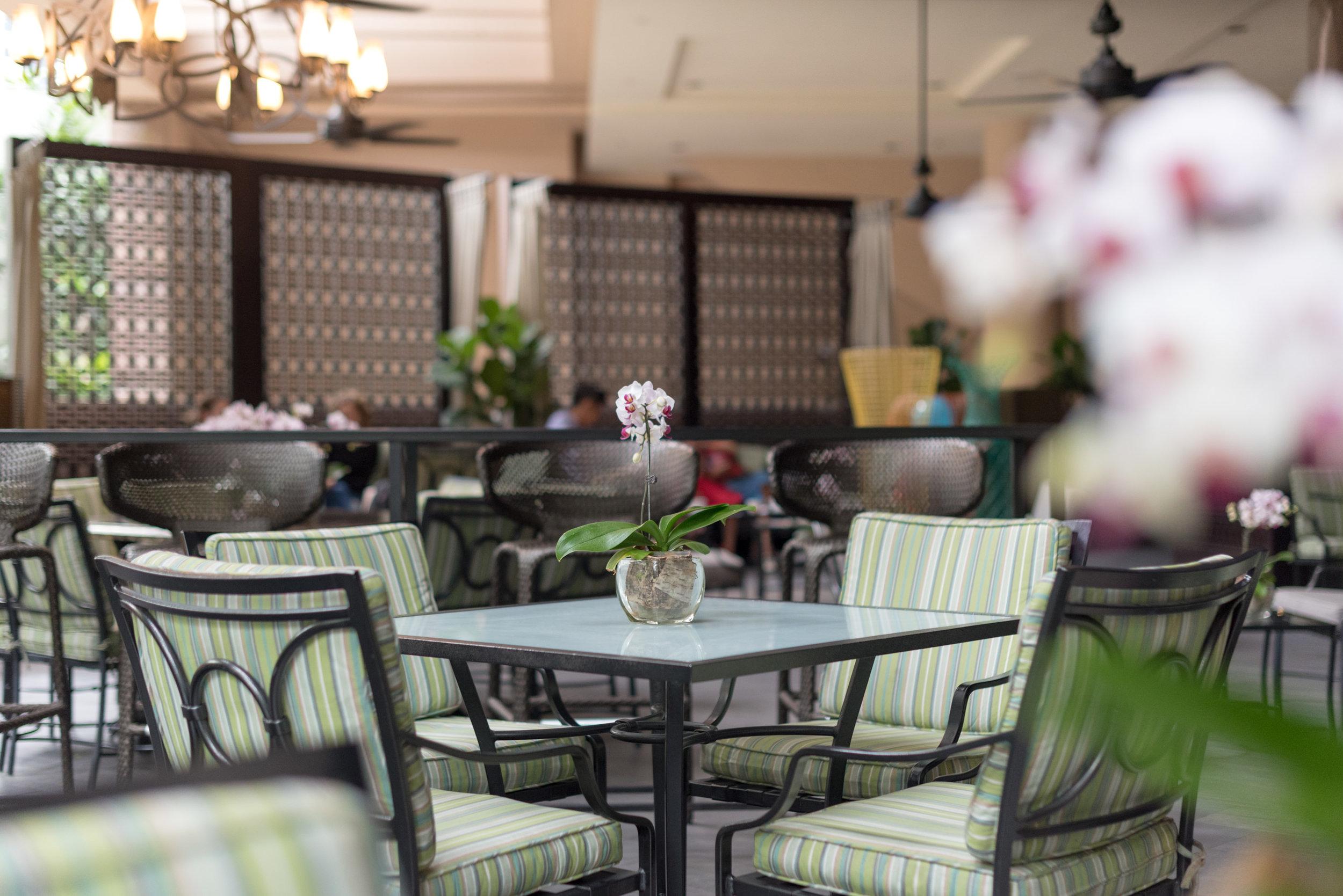 Alfresco Area  One-Ninety Bar - Four Seasons Hotel Singapore