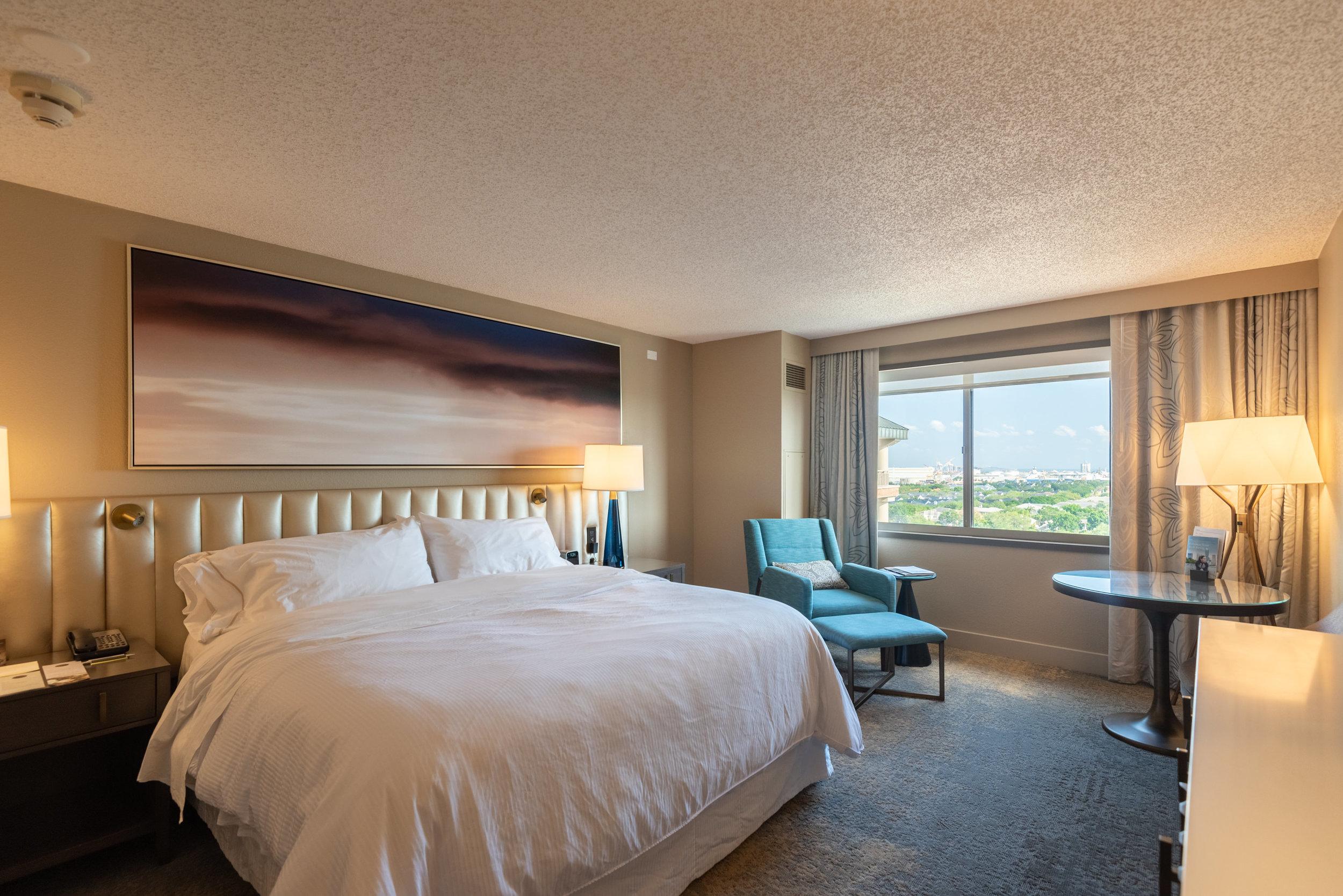 Bedroom  Waterview Room - The Westin Tampa Waterside