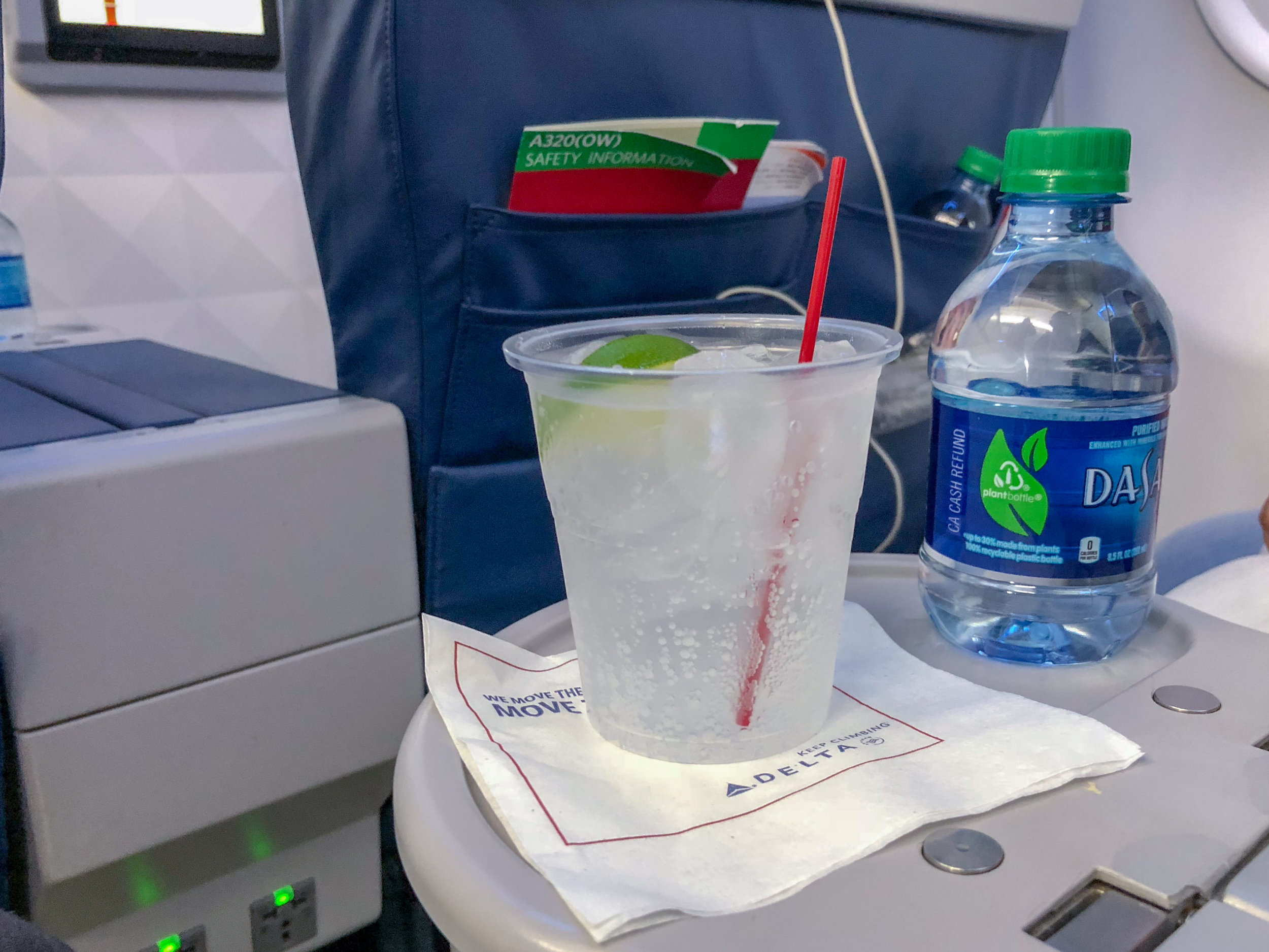 Welcome Beverage - Gin and Tonic  Delta Air Lines First Class - MCO to JFK