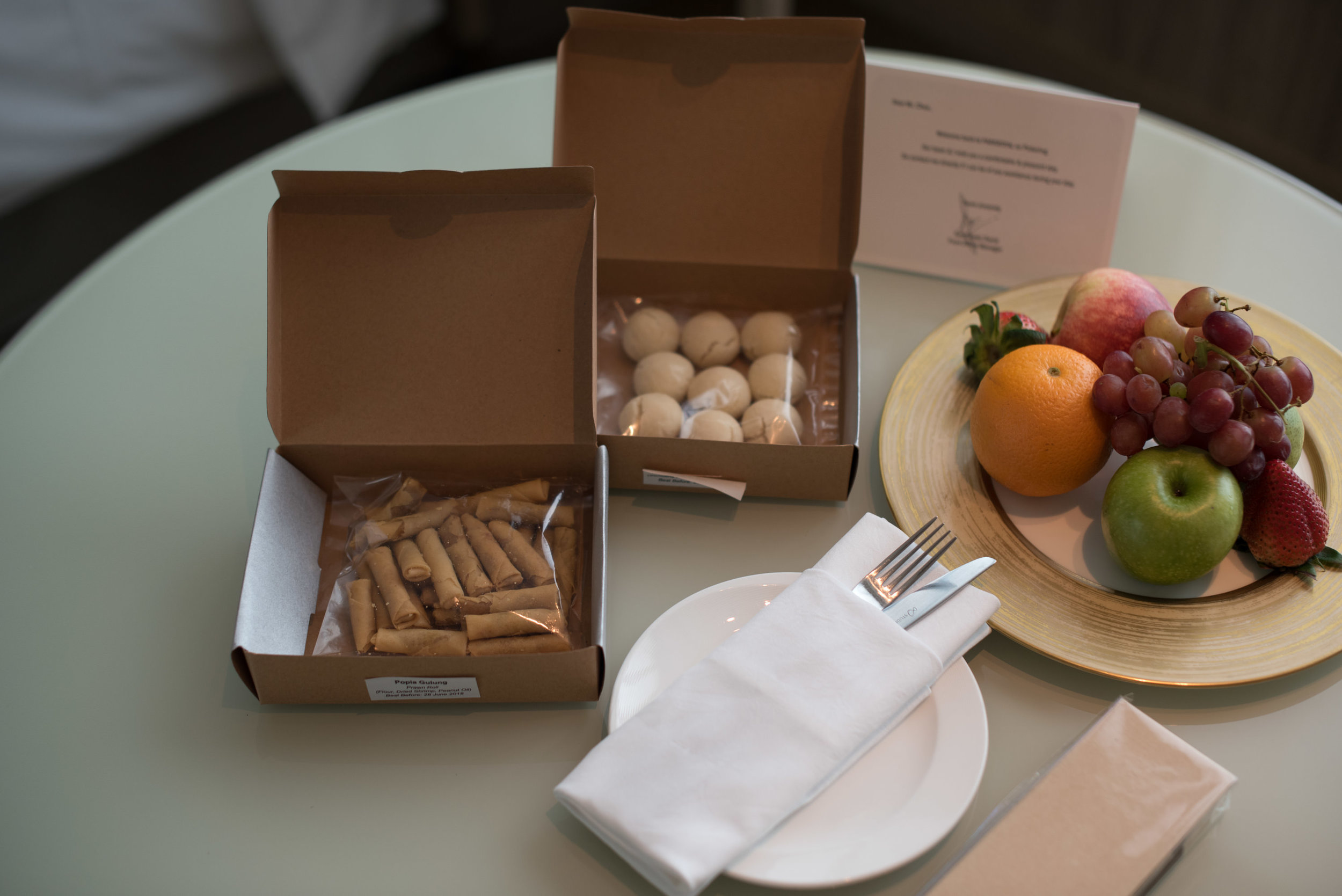 Welcome Amenities  Orchid Club Deluxe Room - PARKROYAL on Pickering