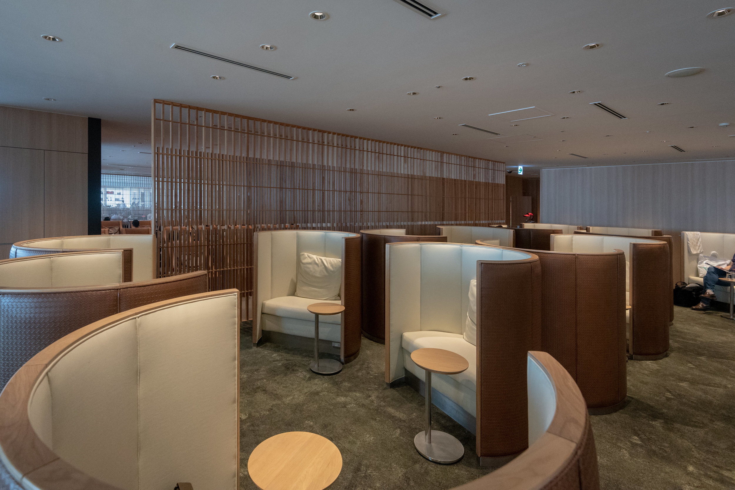 Semi-Private Lounge Area  Japan Airlines Sakura Lounge Skyview - Haneda Airport (HND)