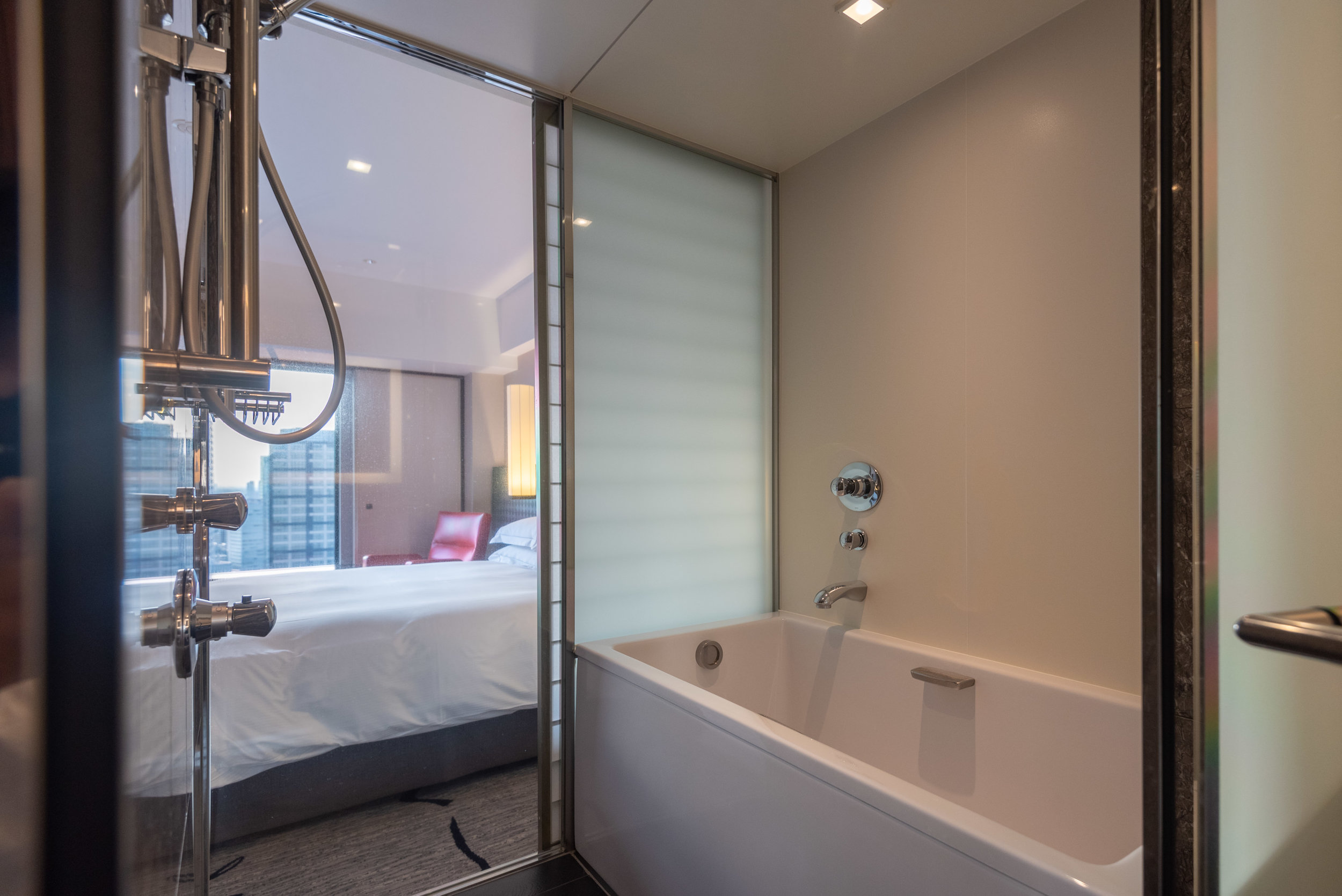 Bathtub  King Tower Suite Executive - Hilton Tokyo