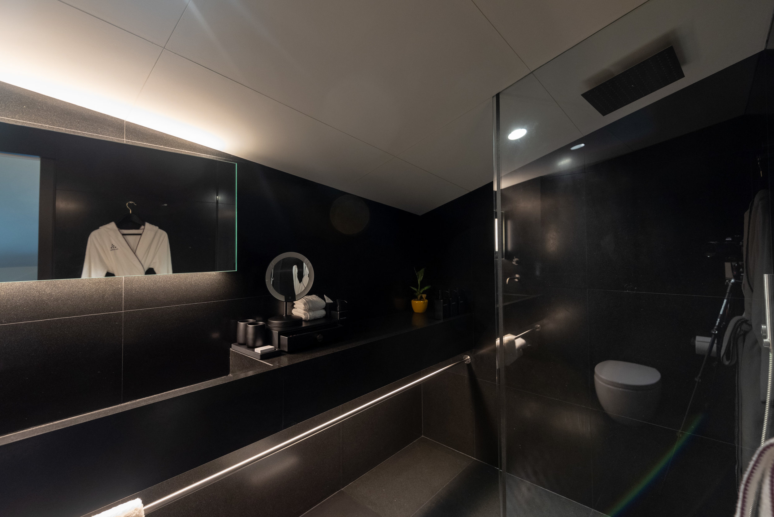 Bathroom (Upper Level)  Duxton Duplex Suite - Six Senses Duxton