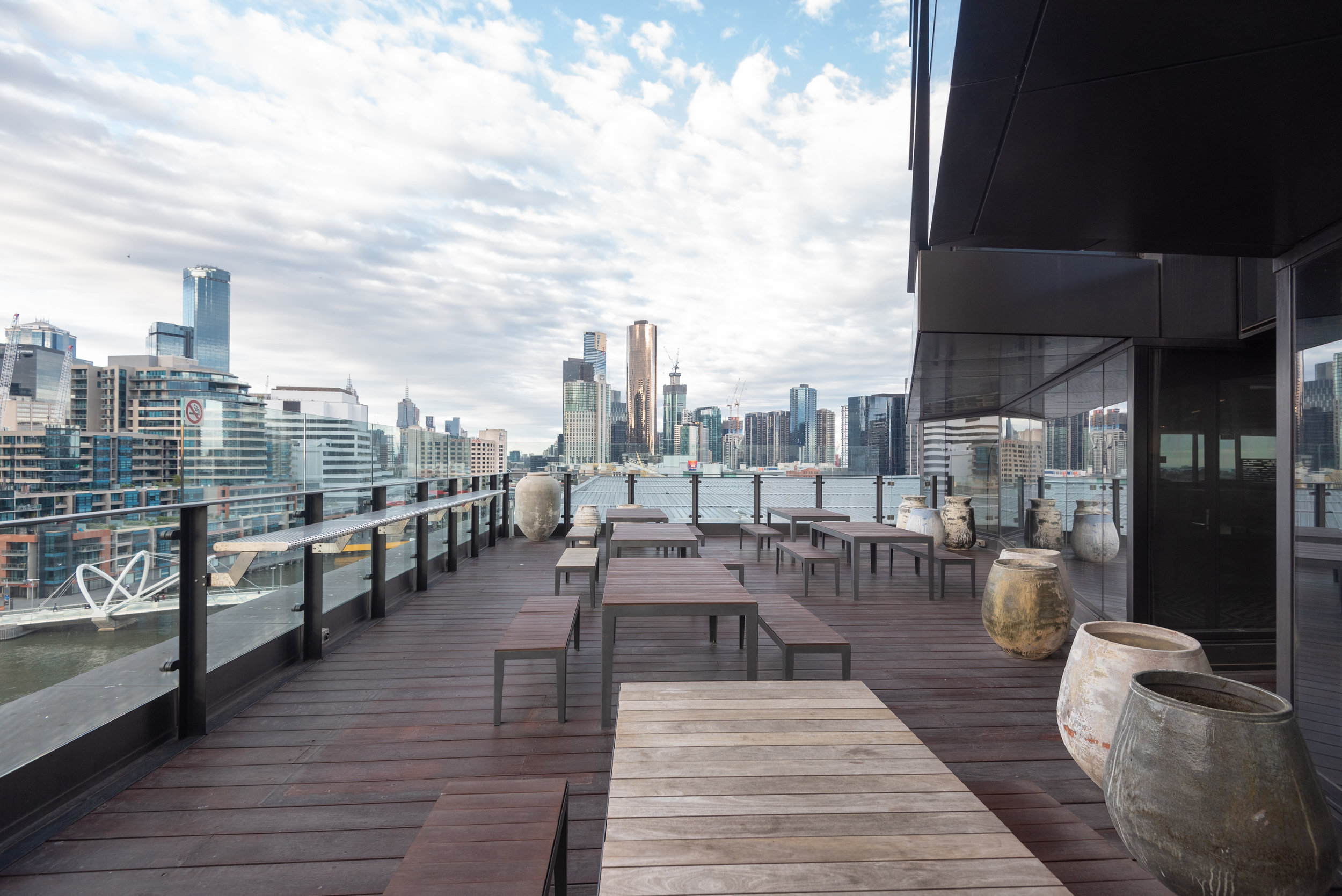Outdoor Terrace  Pacific Club Lounge - Pan Pacific Melbourne