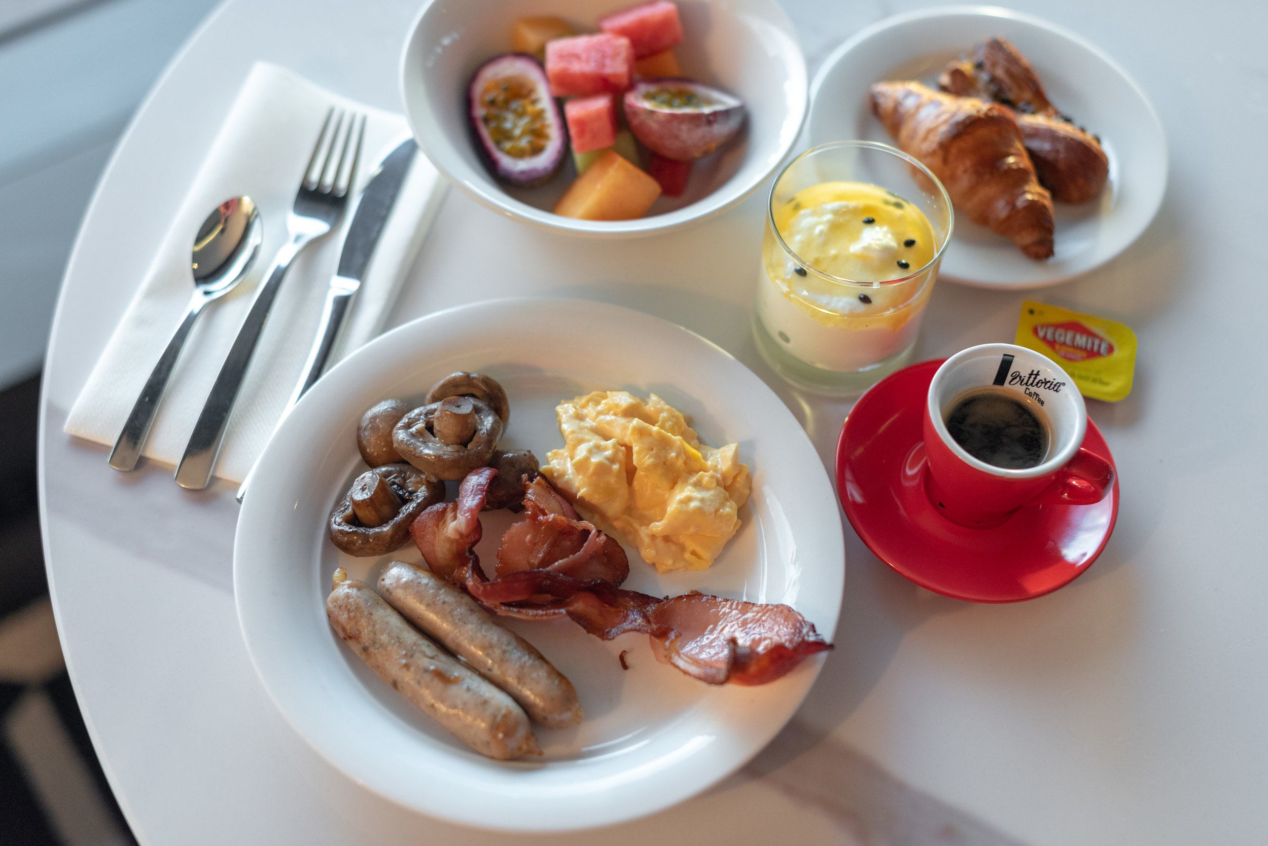 Breakfast  Pacific Club Lounge - Pan Pacific Melbourne