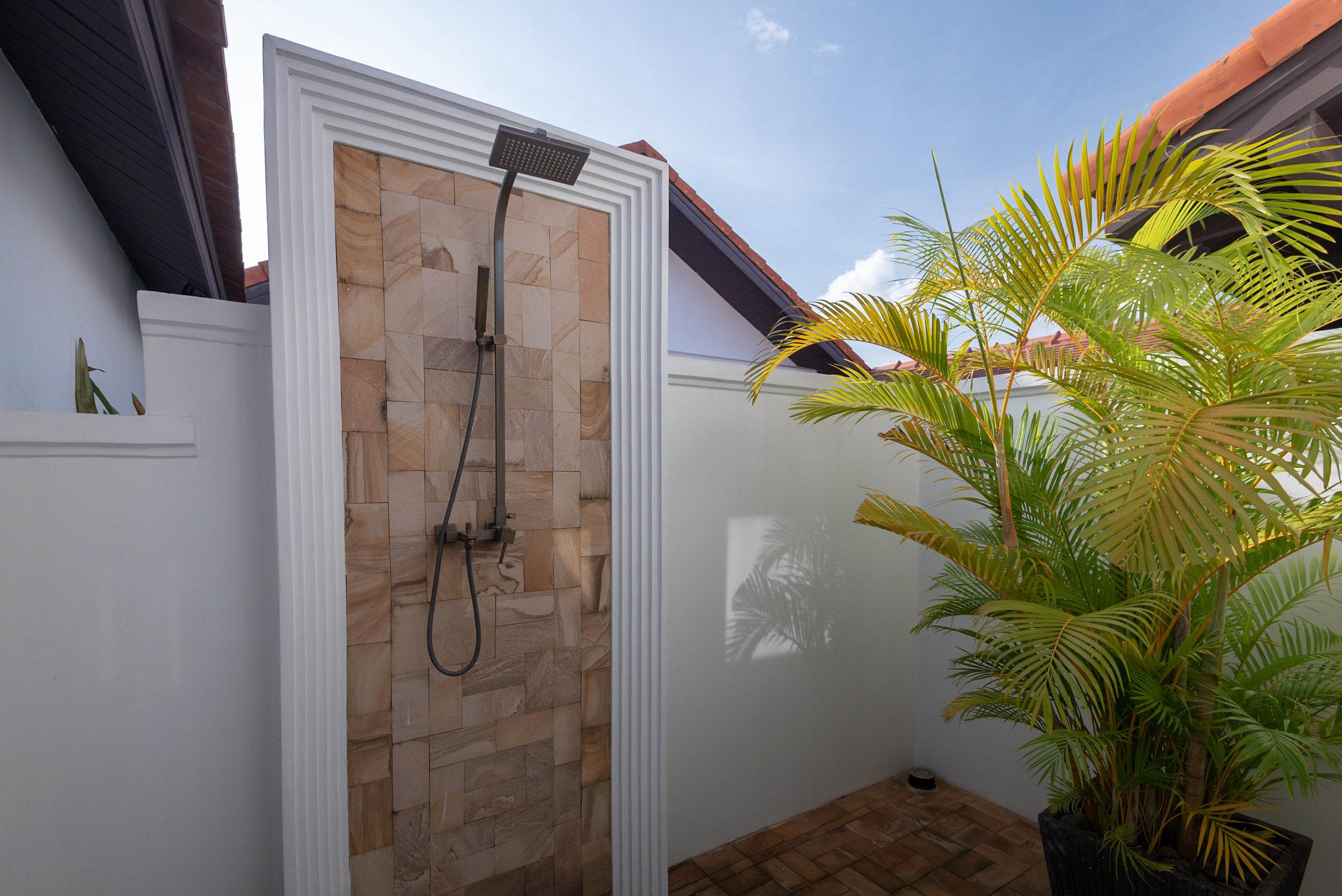 Outdoor Shower  Rooftop Garden Suite - Park Hyatt Siem Reap
