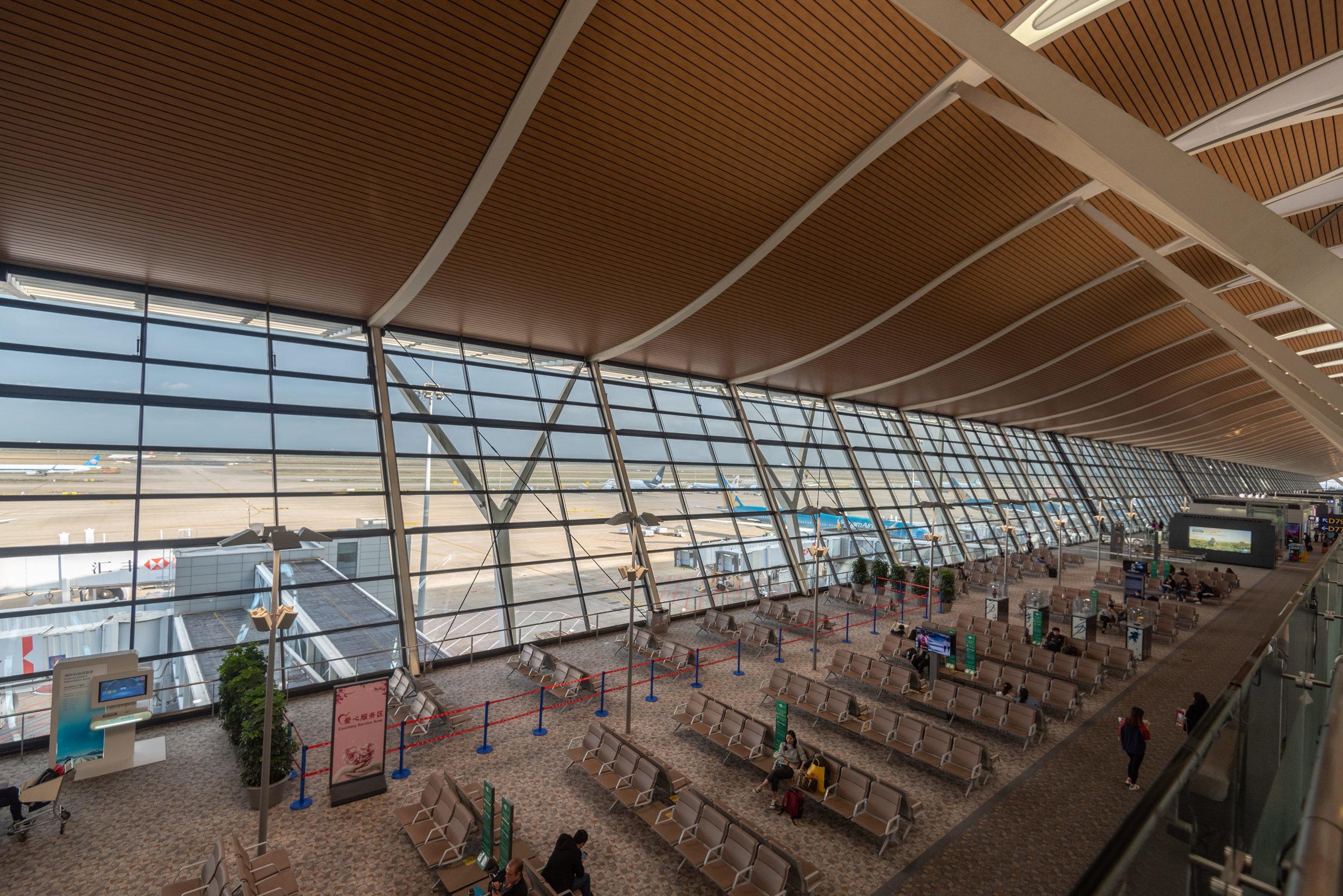 Runway Views  No.77 China Eastern Plaza Premium Lounge - Shanghai Pudong International Airport (PVG)