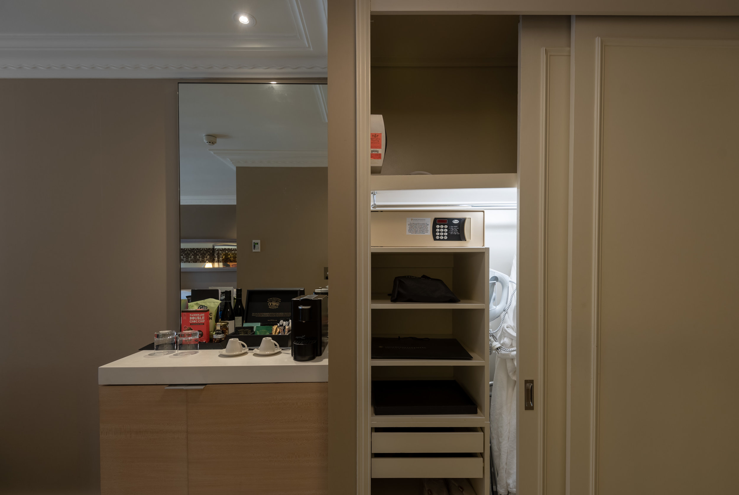 Wardrobe and Minibar  Executive Room - InterContinental Melbourne The Rialto