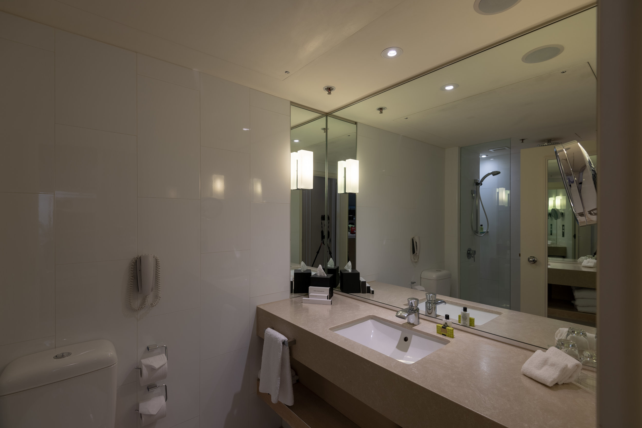 Bathroom  Executive Room - InterContinental Melbourne The Rialto