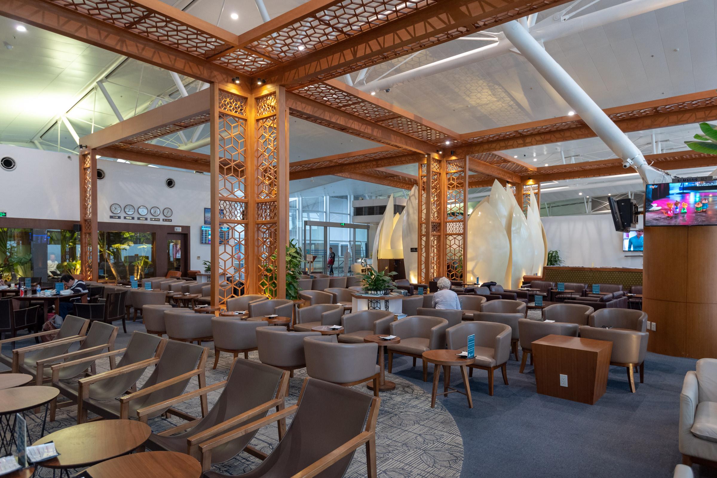 Interiors  Vietnam Airlines Lotus Lounge - Noi Bai International Airport