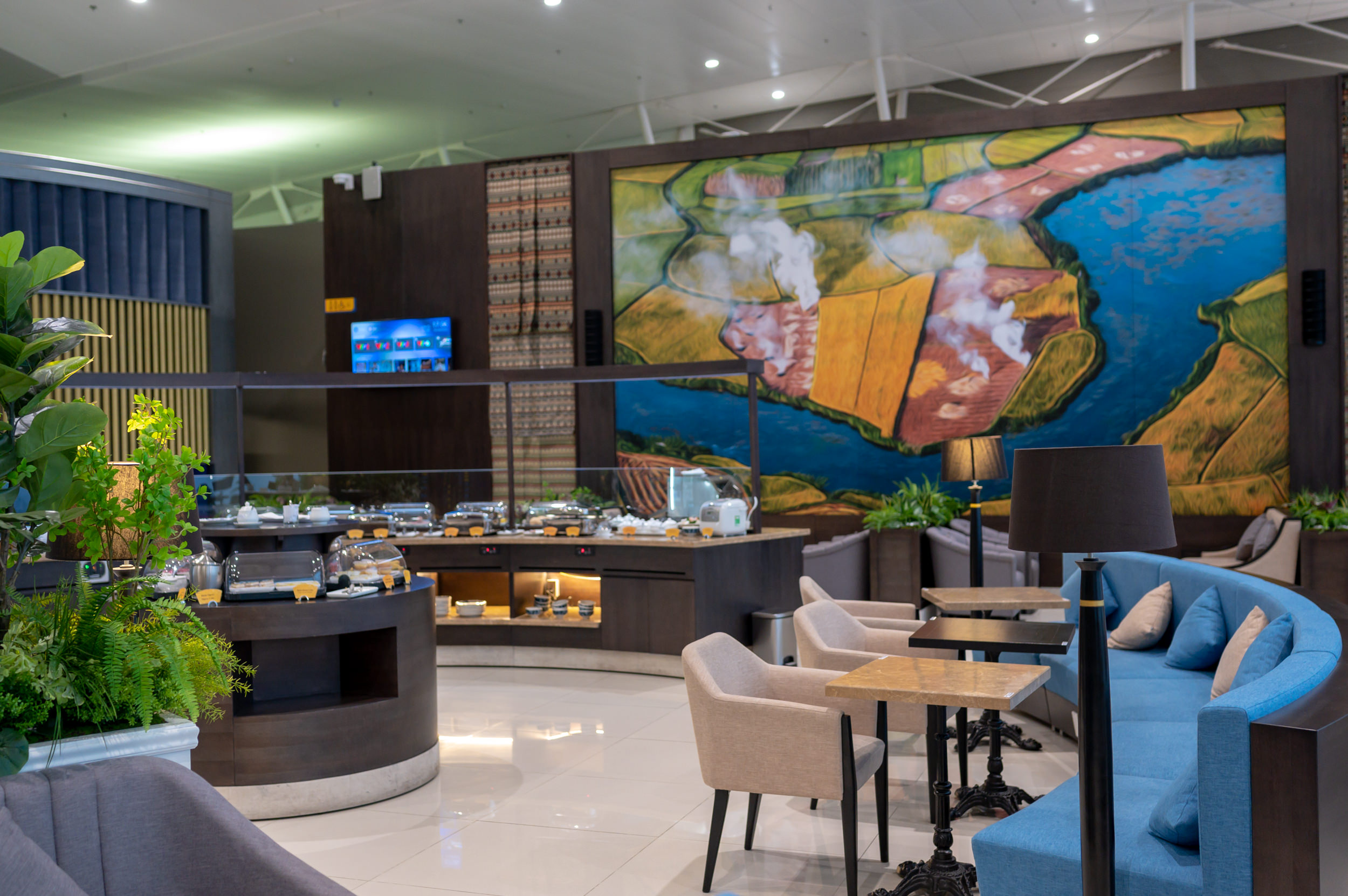 Buffet Counter  Song Hong Business Lounge - Noi Bai International AIrport (HAN)