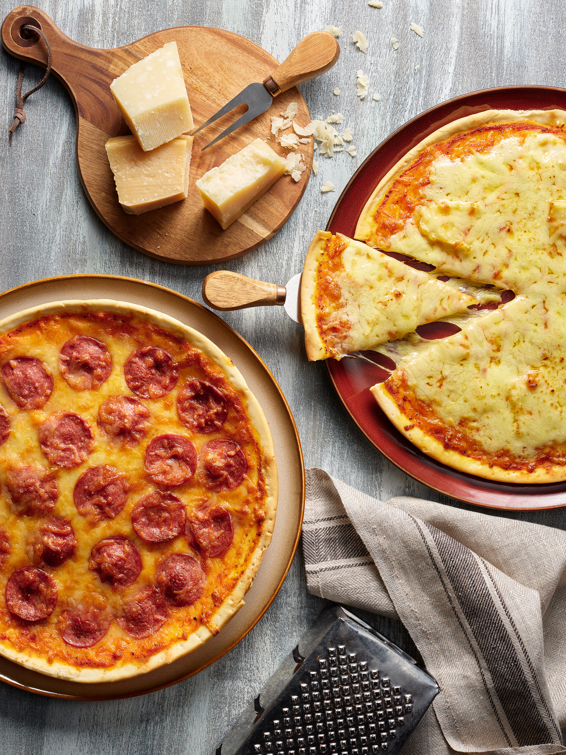 [NEW] Thin Crust Pizzas - Classic Four Cheese, Spicy Pepperoni_1.jpg