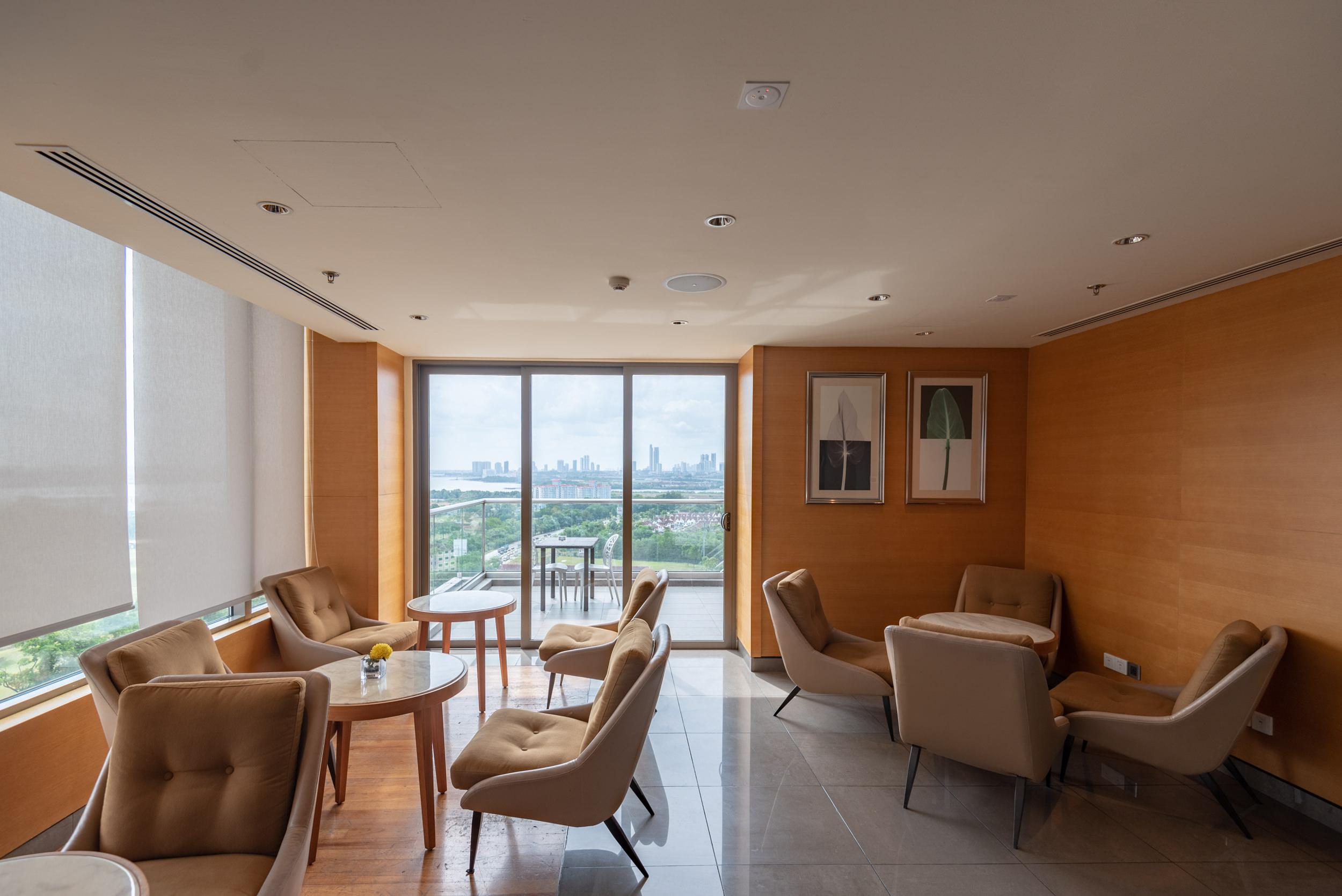 Outdoor Terrace  Club Lounge - Renaissance Johor Bahru Hotel