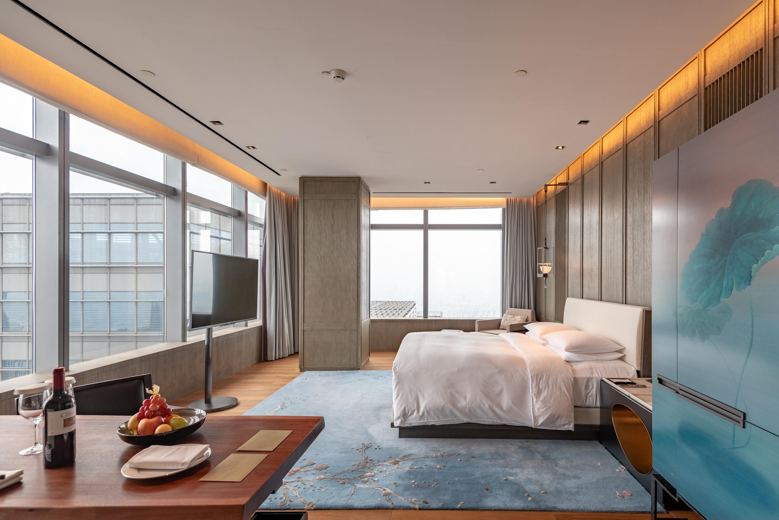 Bedroom  Deluxe Riverview King - Park Hyatt Hangzhou