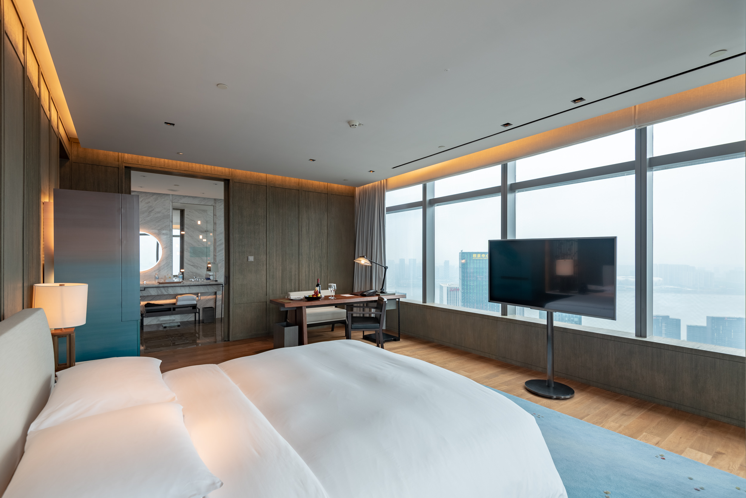 Bedroom  Deluxe Riverview King - Park Hyatt Hangzhou