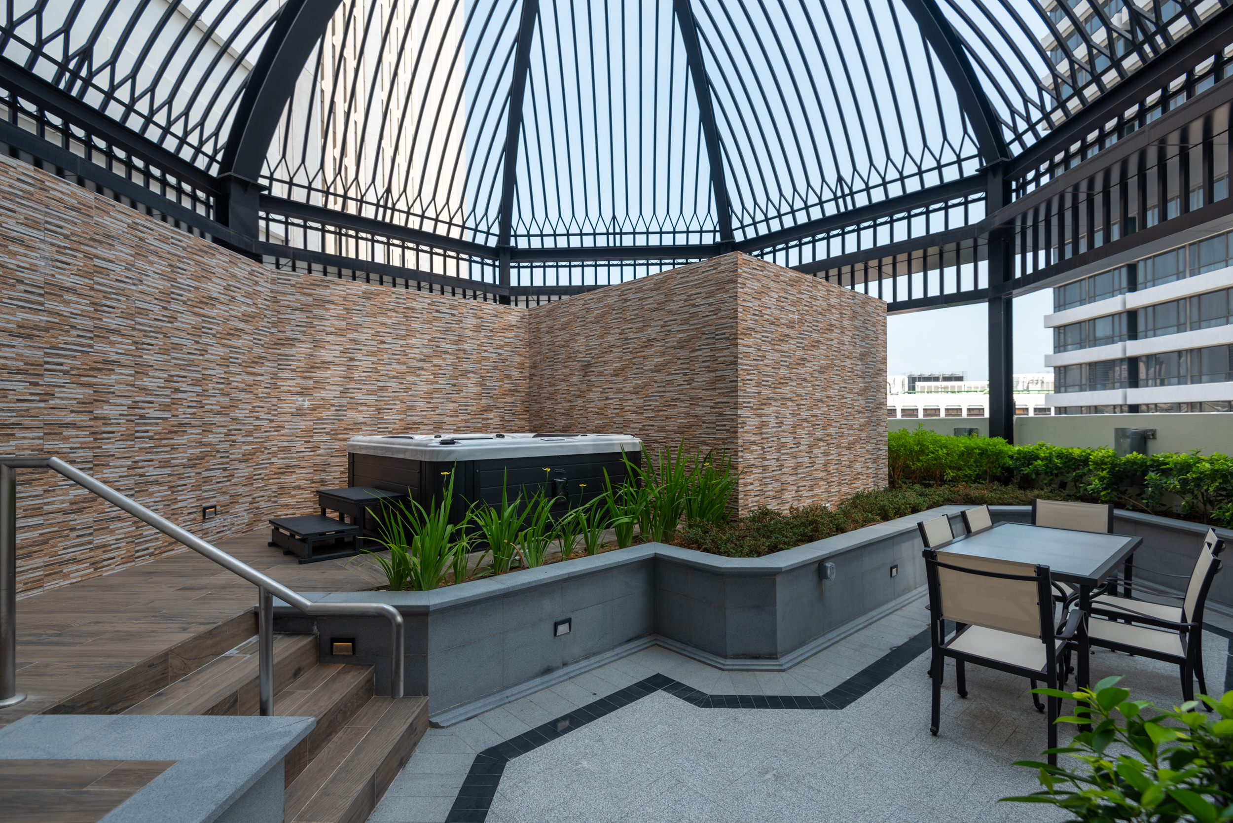 Outdoor Patio  Coleman Suite - Grand Park City Hall